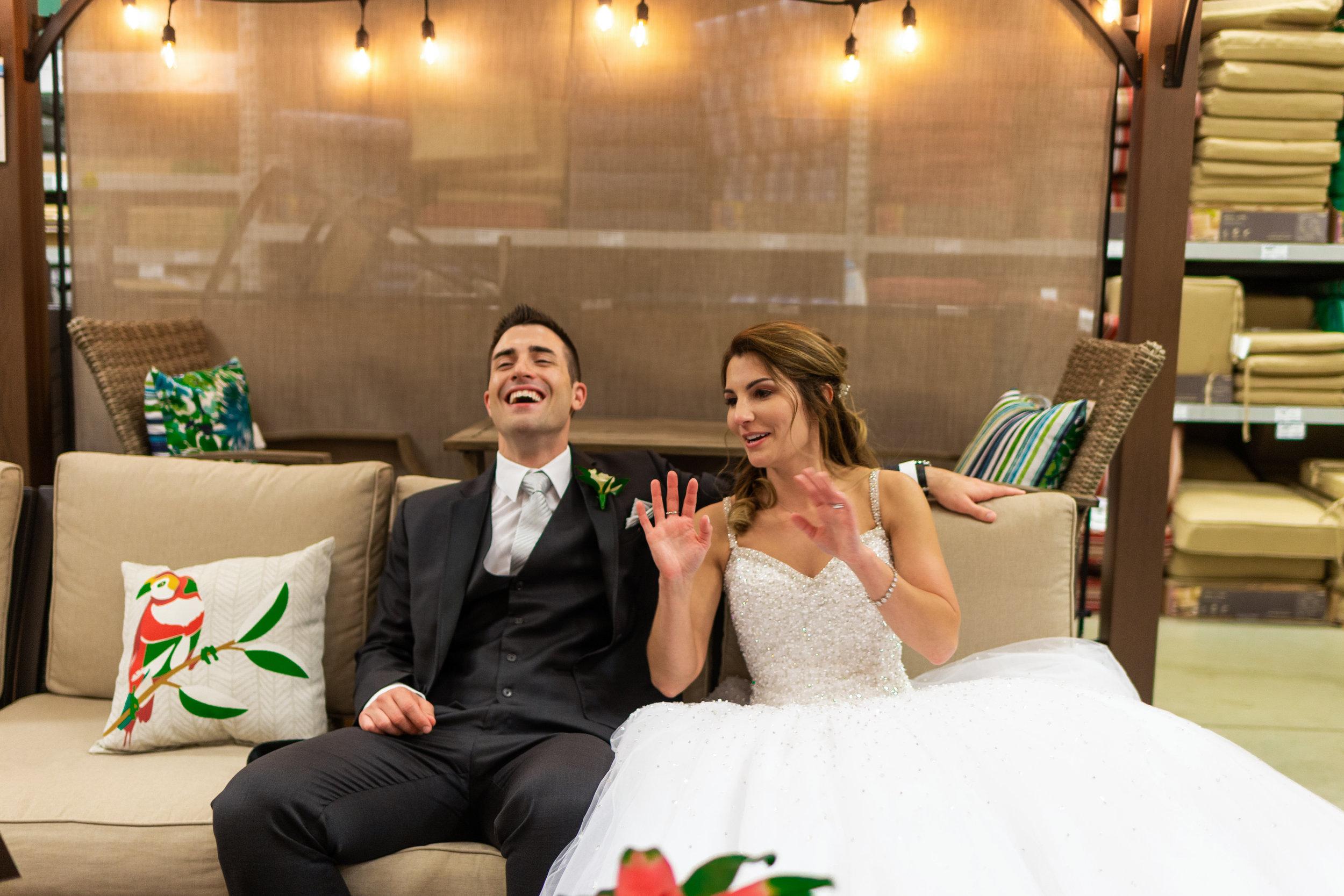 Wedding-couple-takes-photos-at-lowes-hardware-due-to-rain19.jpg