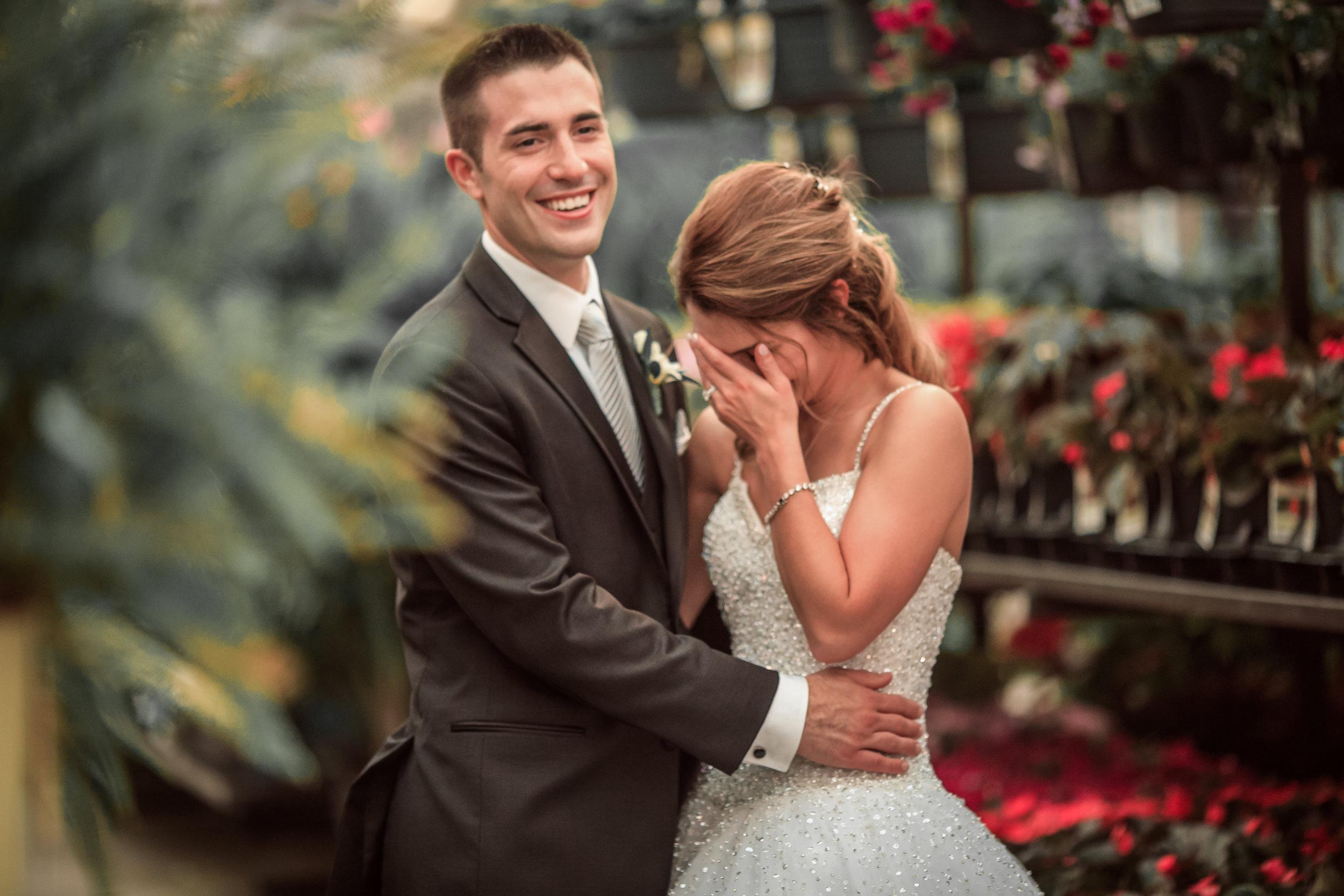 Wedding-couple-takes-photos-at-lowes-hardware-due-to-rain16.jpg