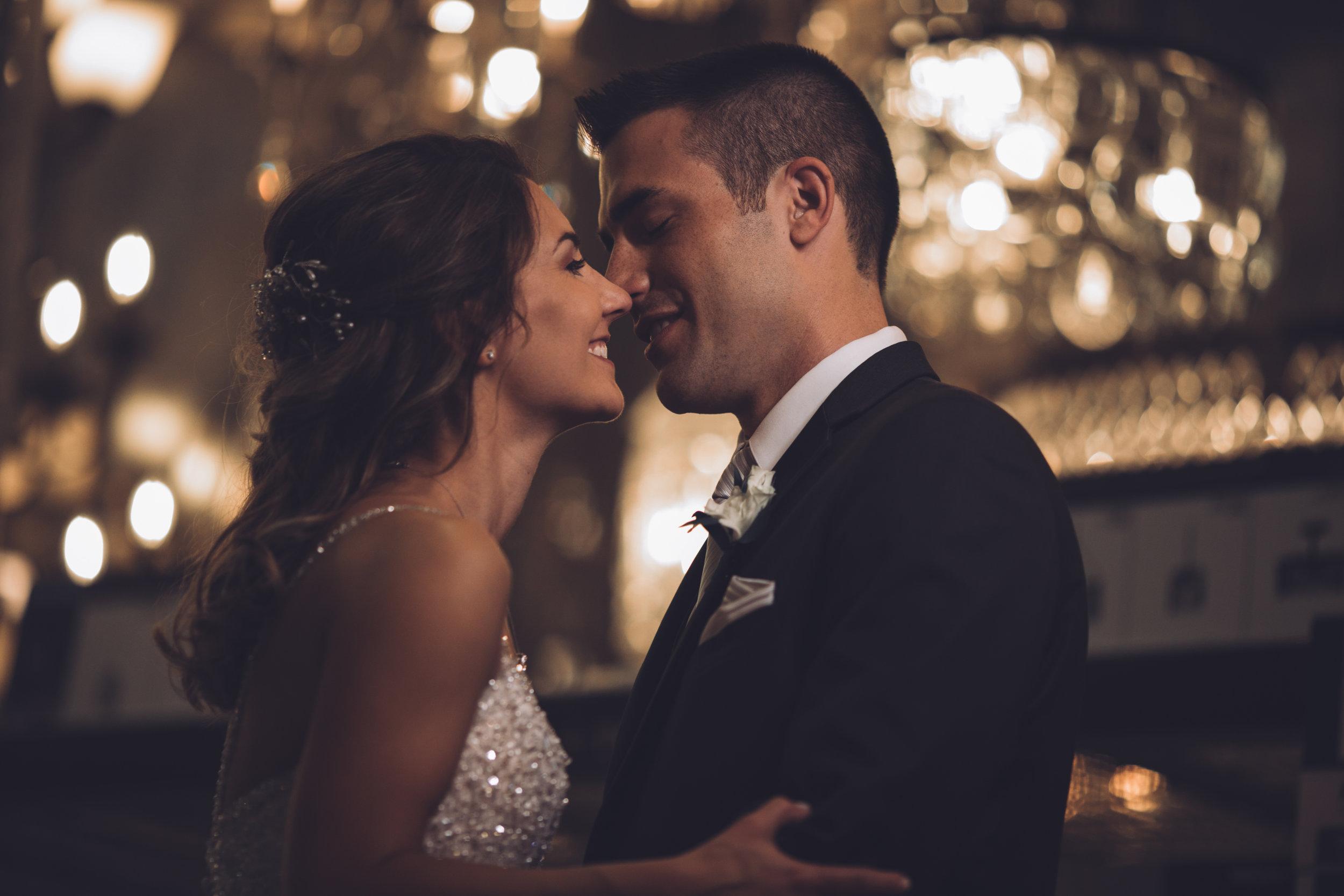 Wedding-couple-takes-photos-at-lowes-hardware-due-to-rain8.jpg