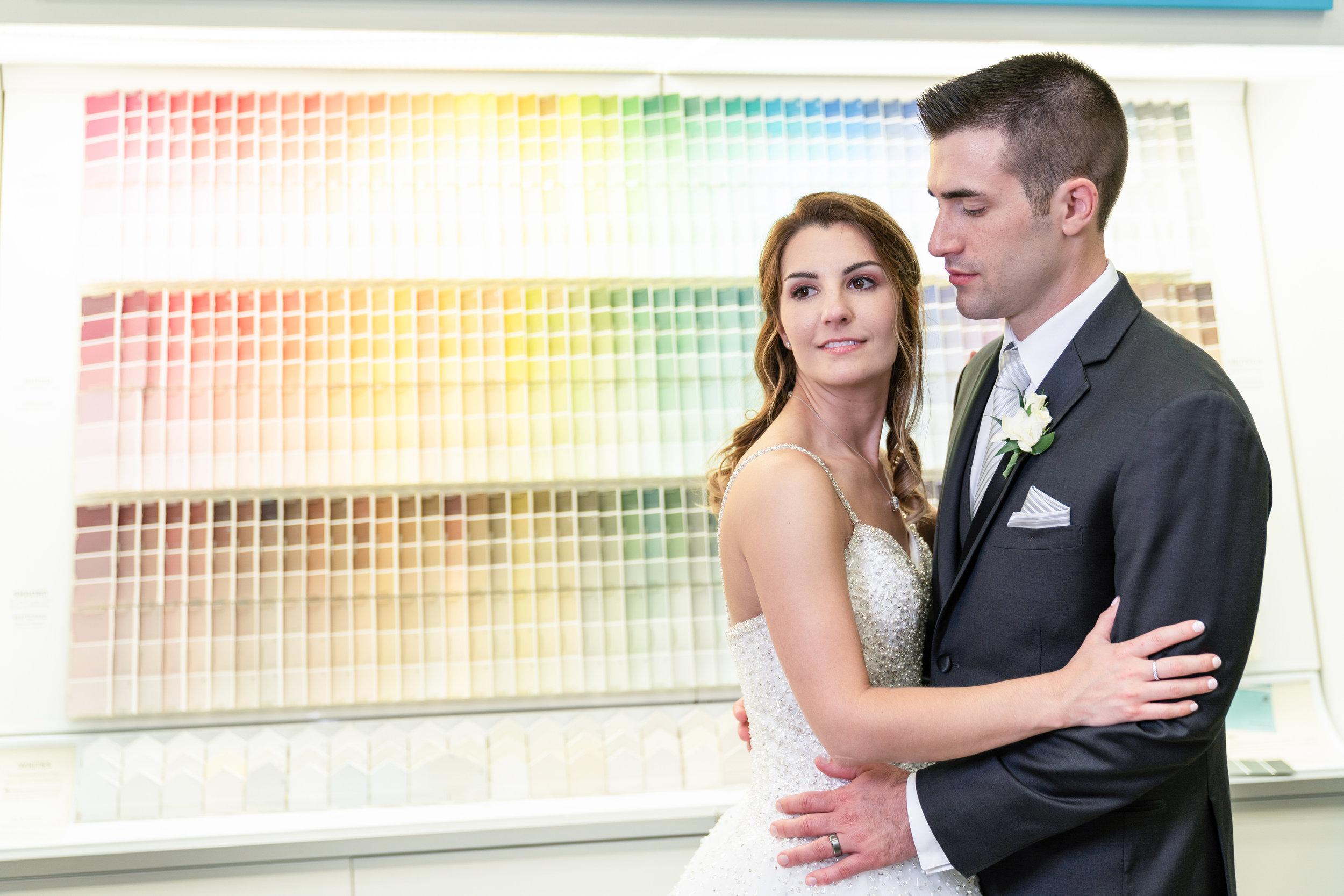 Wedding-couple-takes-photos-at-lowes-hardware-due-to-rain1.jpg