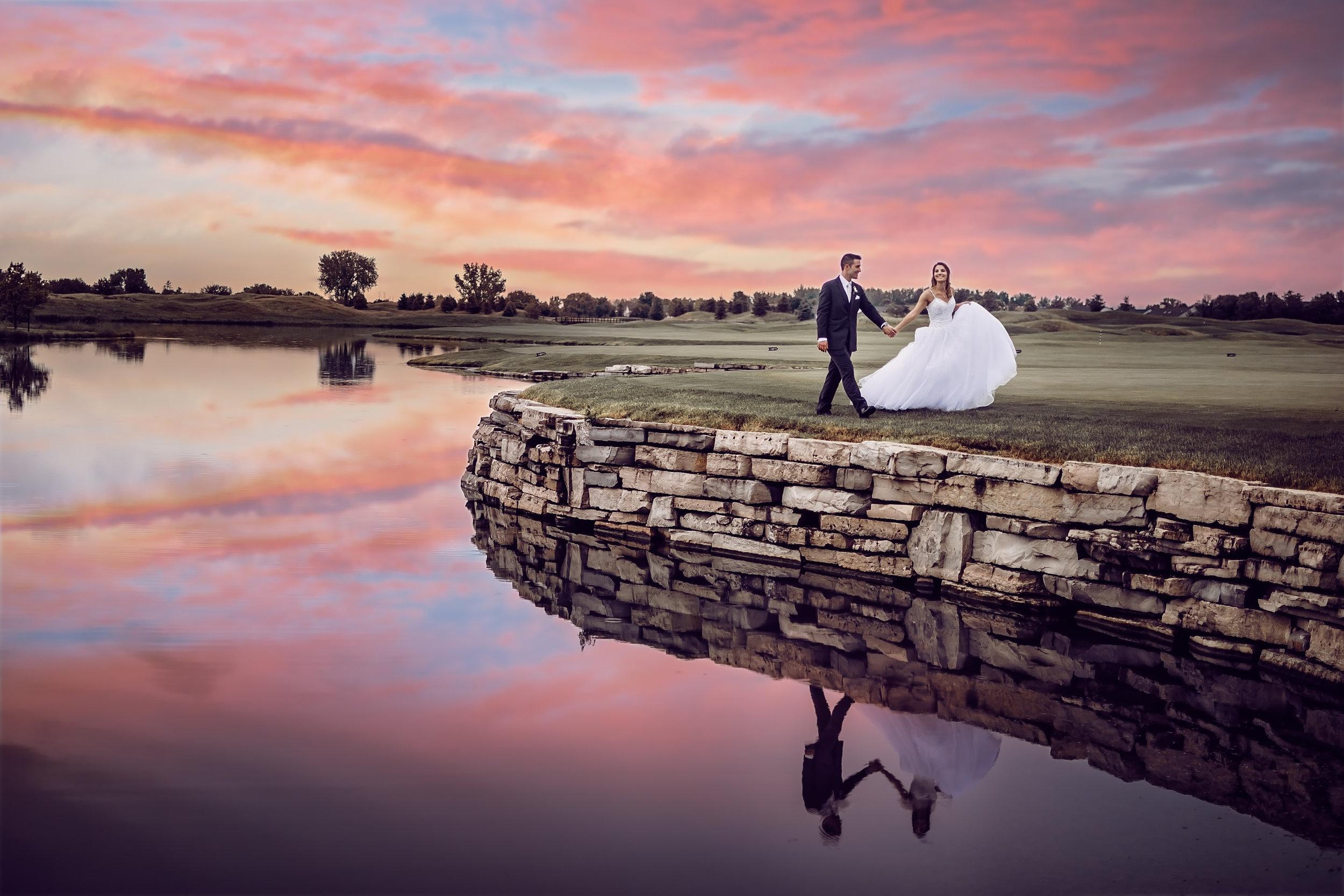 Wedding-couple-takes-photos-at-lowes-hardware-due-to-rain42.jpg