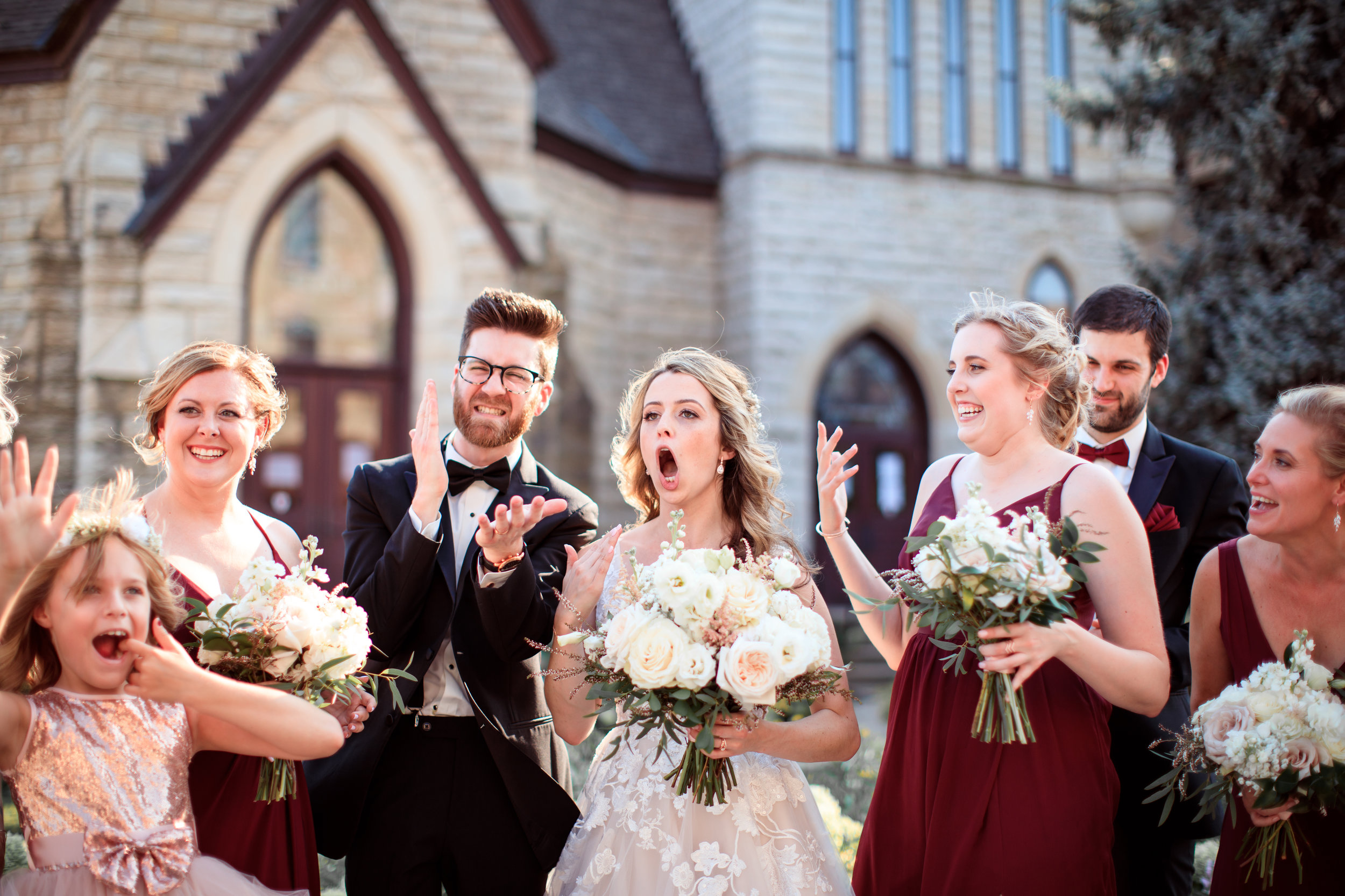 Hilarious-funny-bride-and-groom-take-wedding-photos-to-next-level48.jpg