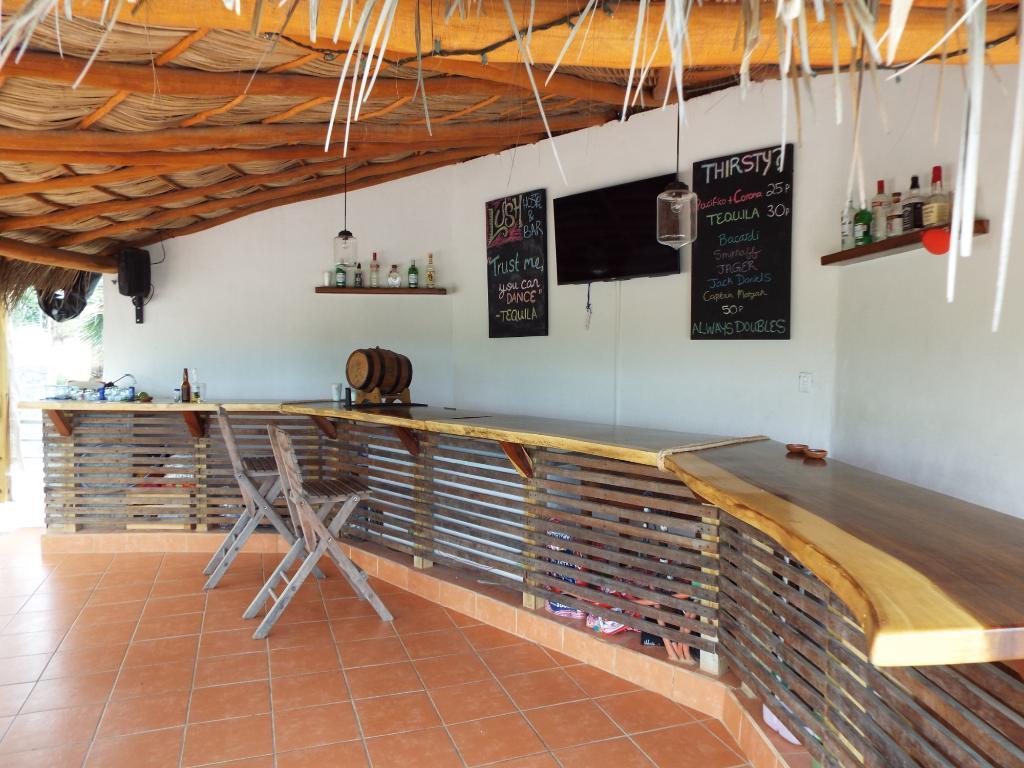 lush-sayulita-bar.jpg