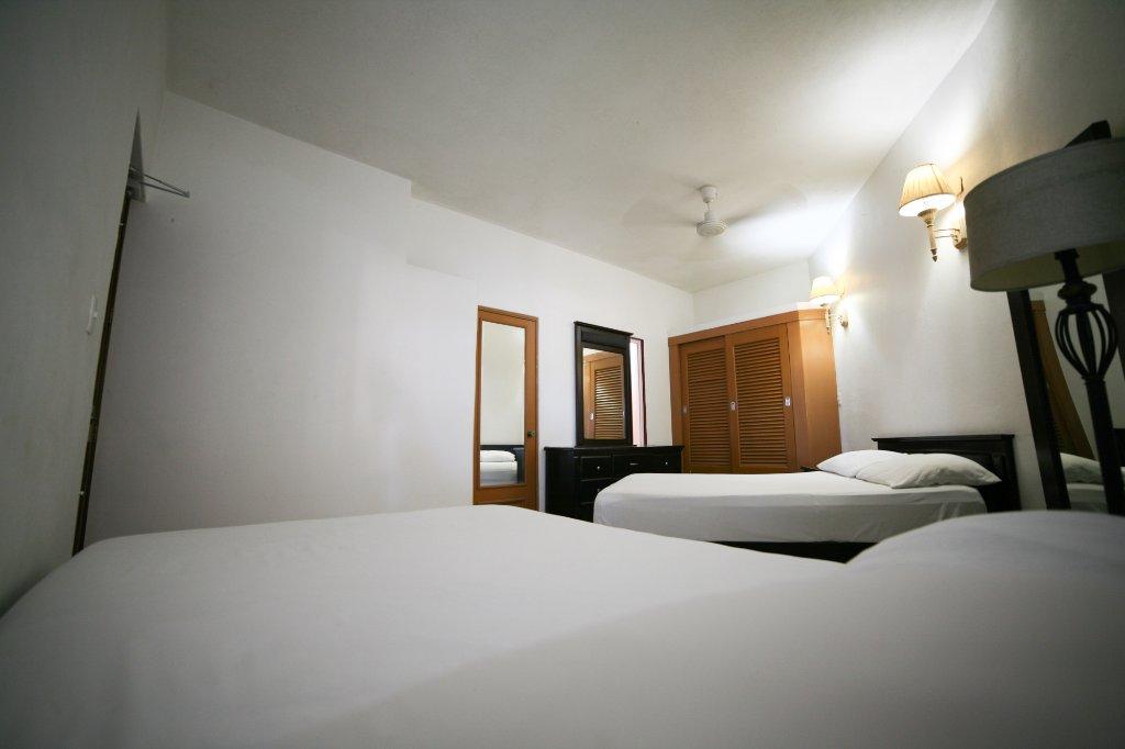 room-3-4-person-ensuite.jpg