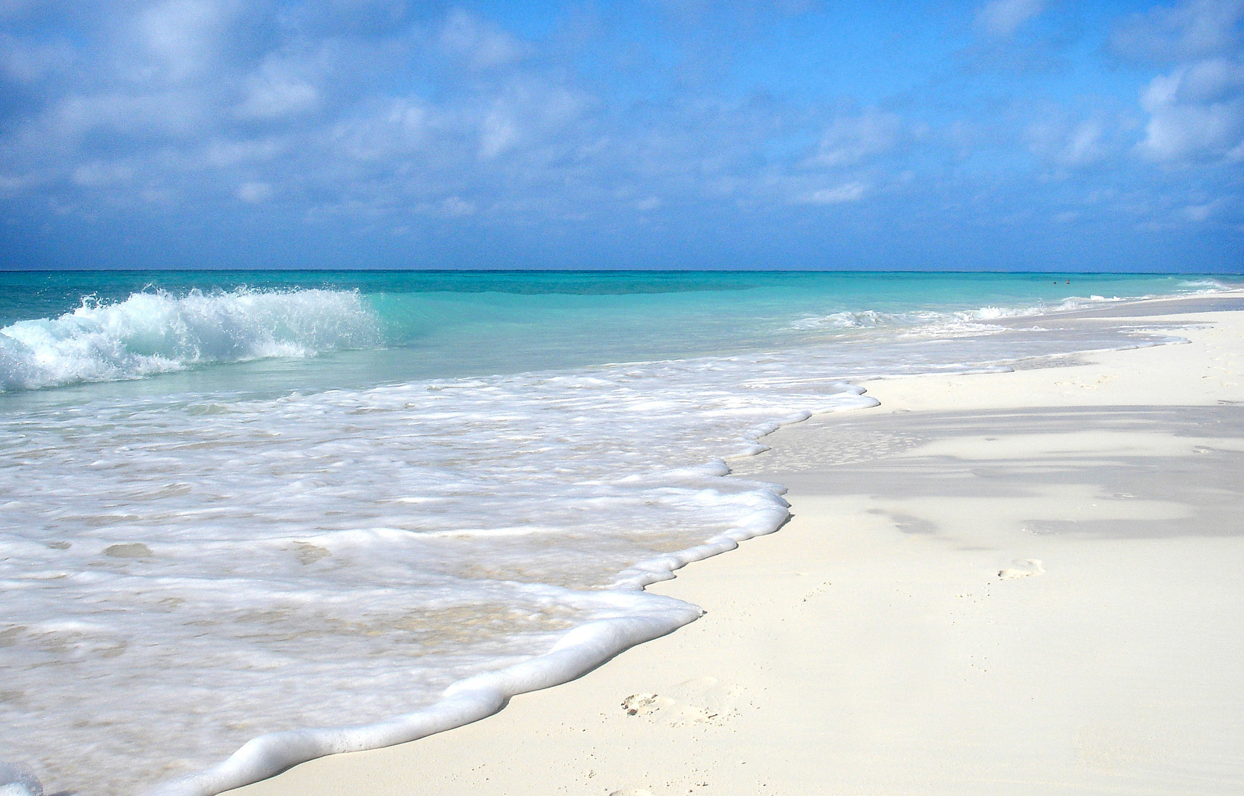 beach-and-ocean-landscape-cuba.jpg
