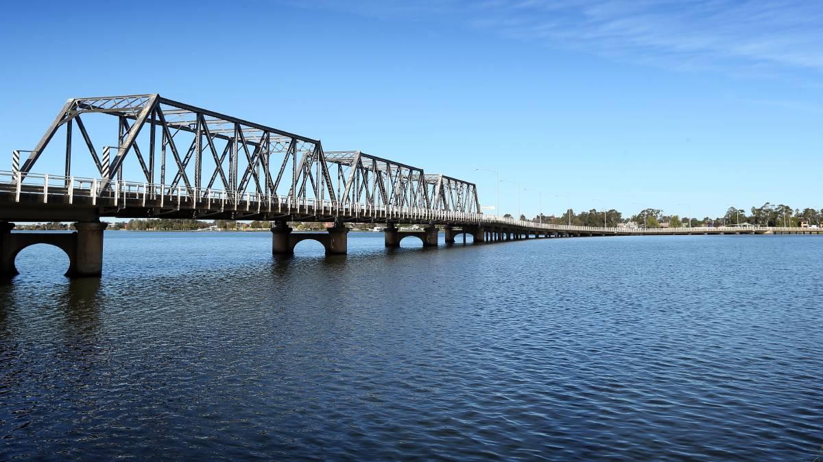 Mulwala Resort Bridge Yarrawonga