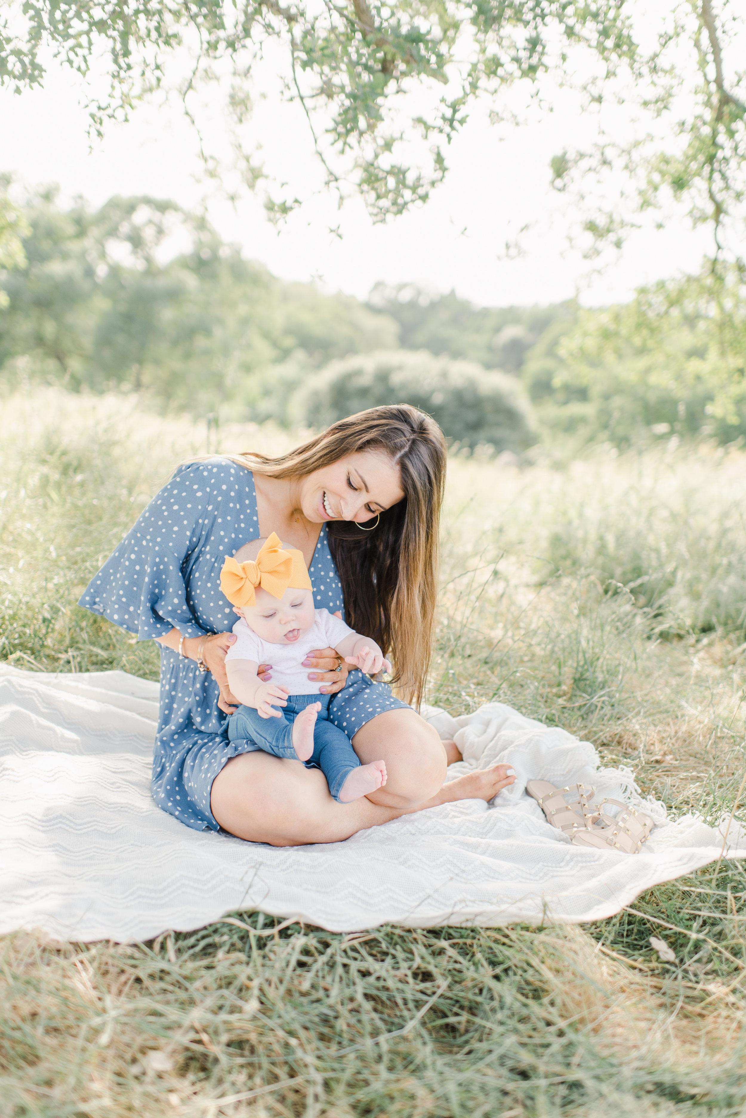 Allie-Leja.Motherhood-Mini.DeniseApgarPhotography-10.jpg