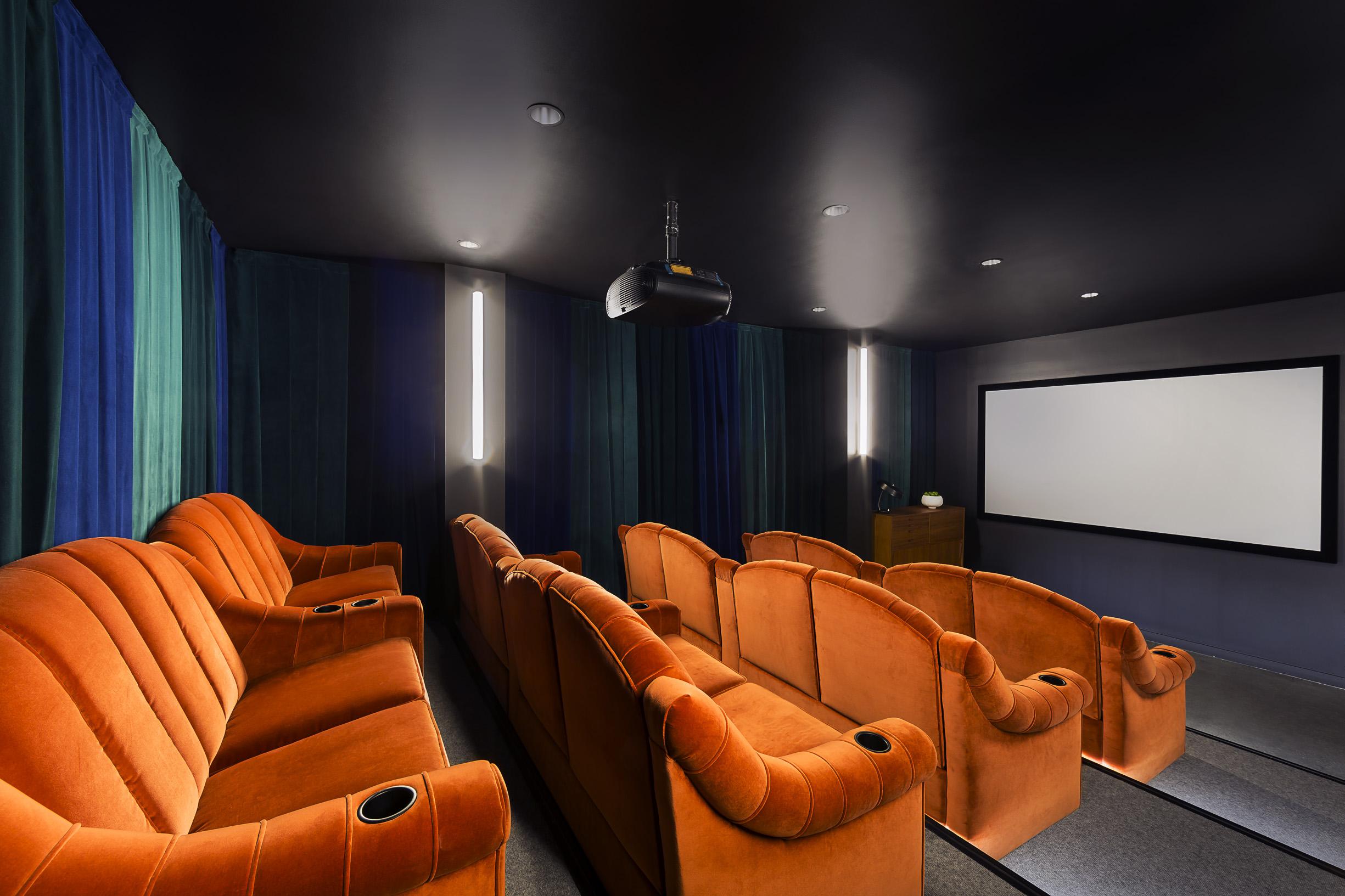 10-theater.jpg