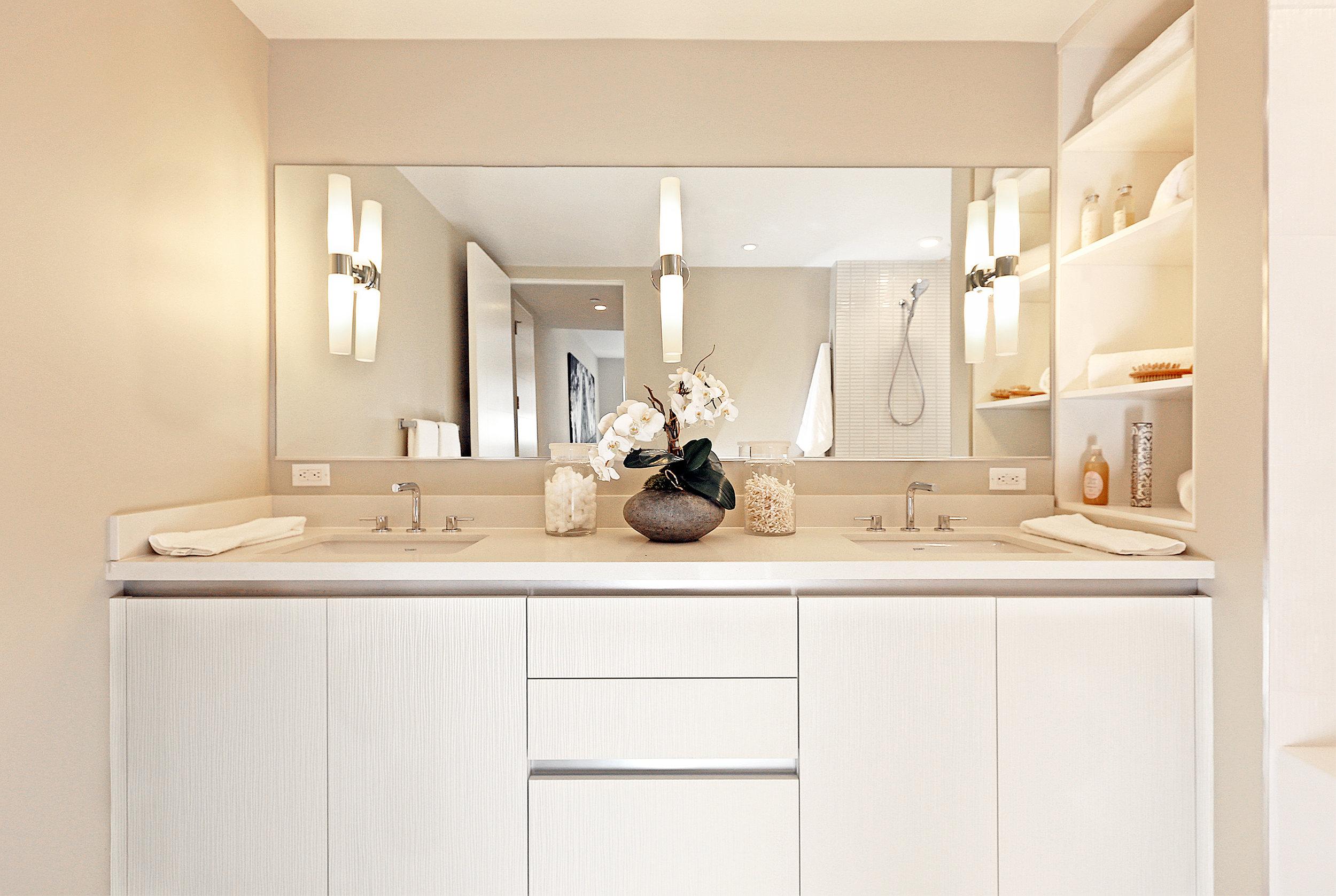 10- Bath Room.jpg