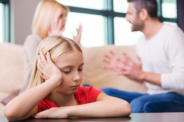 WELLIVER-parents-arguing-sad-child-min.jpeg