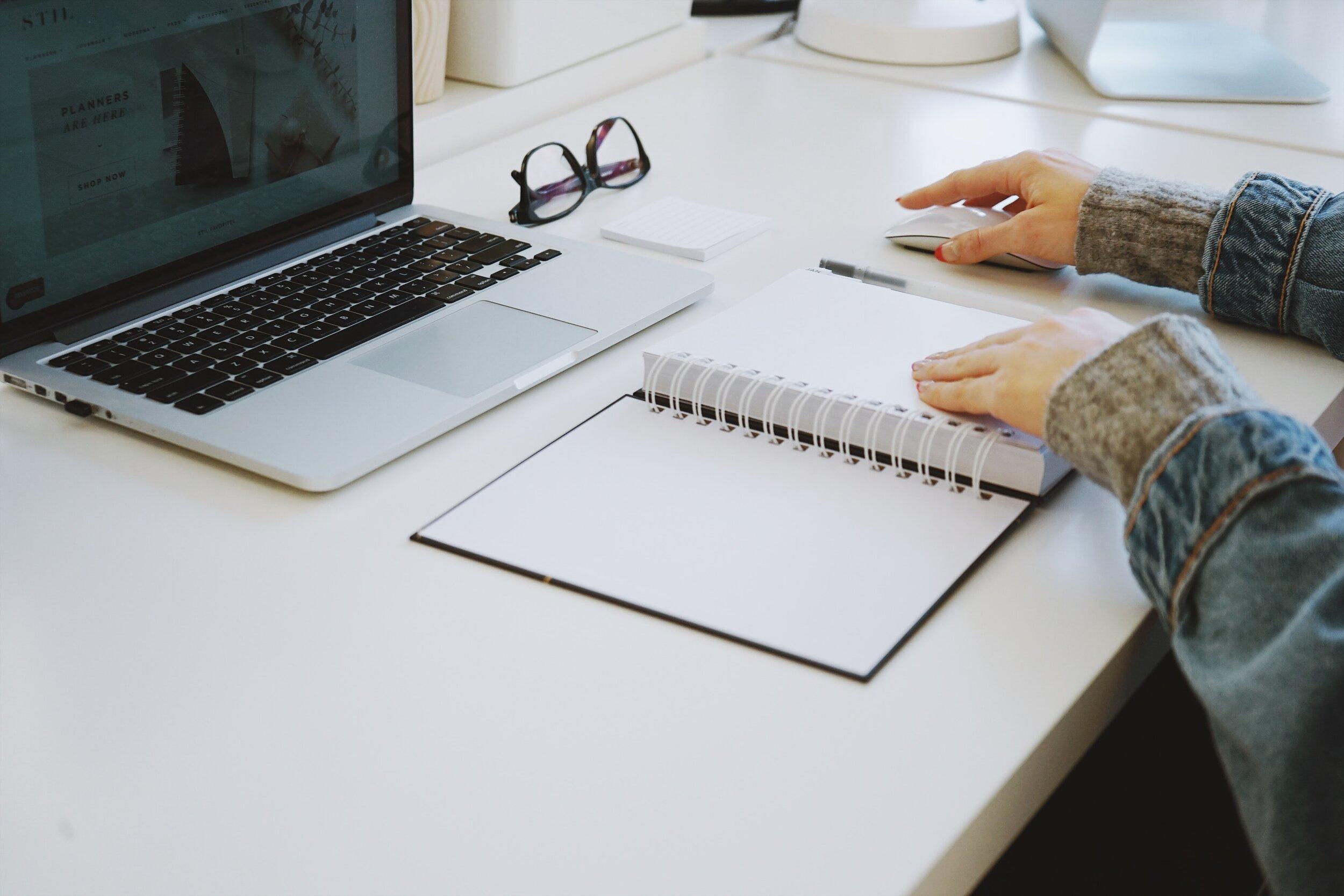 Examples of Work - Responsive Web DesignDesign LibrariesMobile App DesignOmni-channel Product DesignEnterprise SoftwareBusiness Intelligence Dashboards