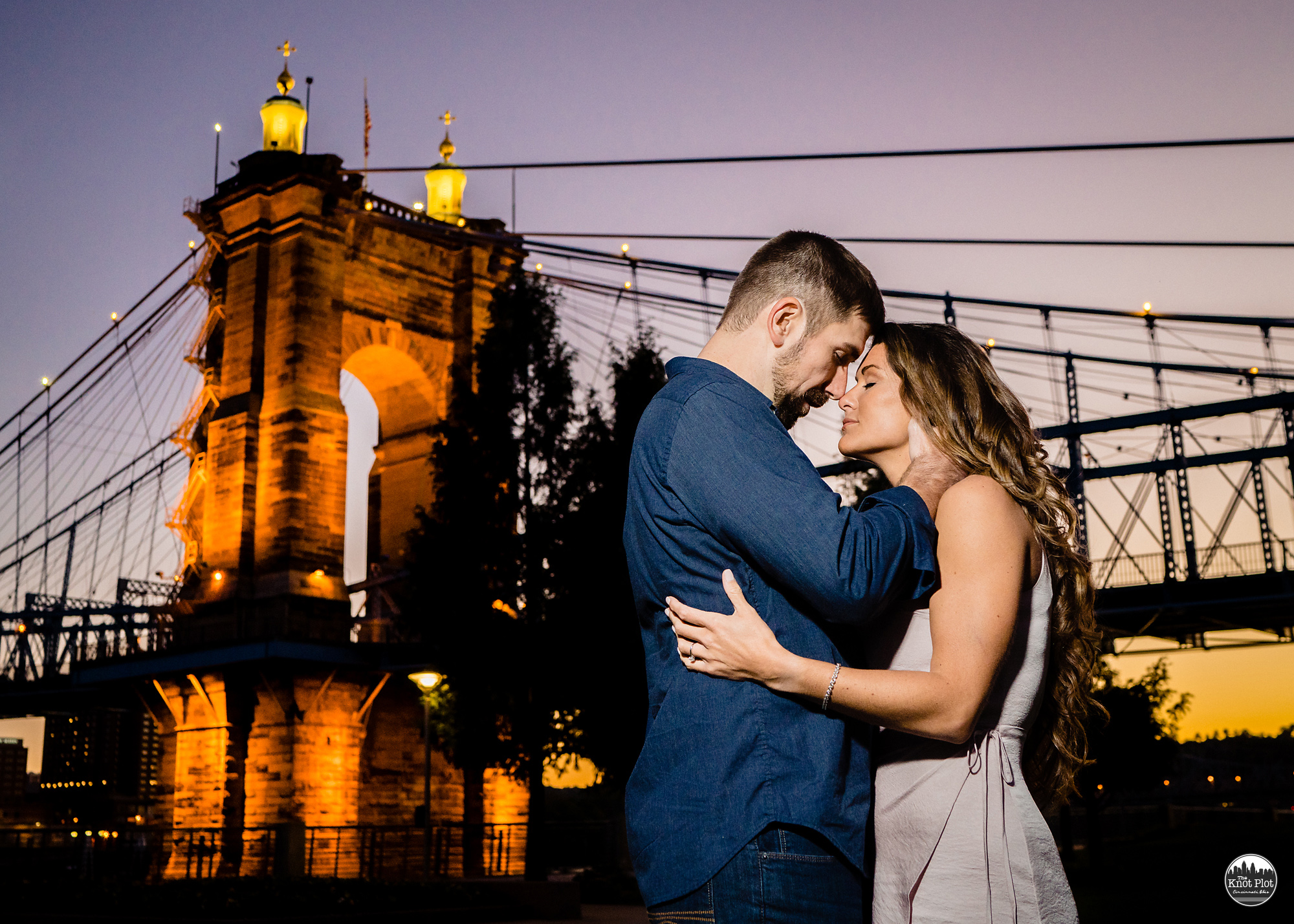 Smale-Park-Cincinnat-OH-Engagement-Photos.jpg