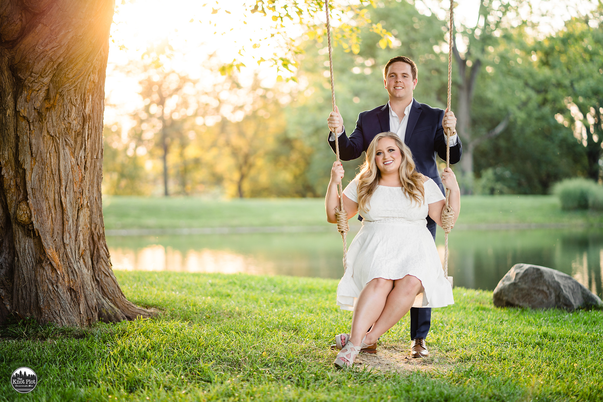 Cincinnati-Engagement-Photographers-7.jpg