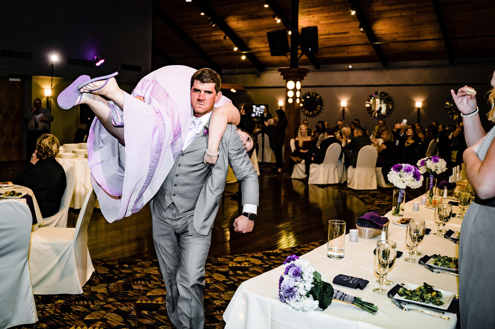 The-Pinnacle-Ballroom-Covington-KY-Wedding-Photography-12.jpg
