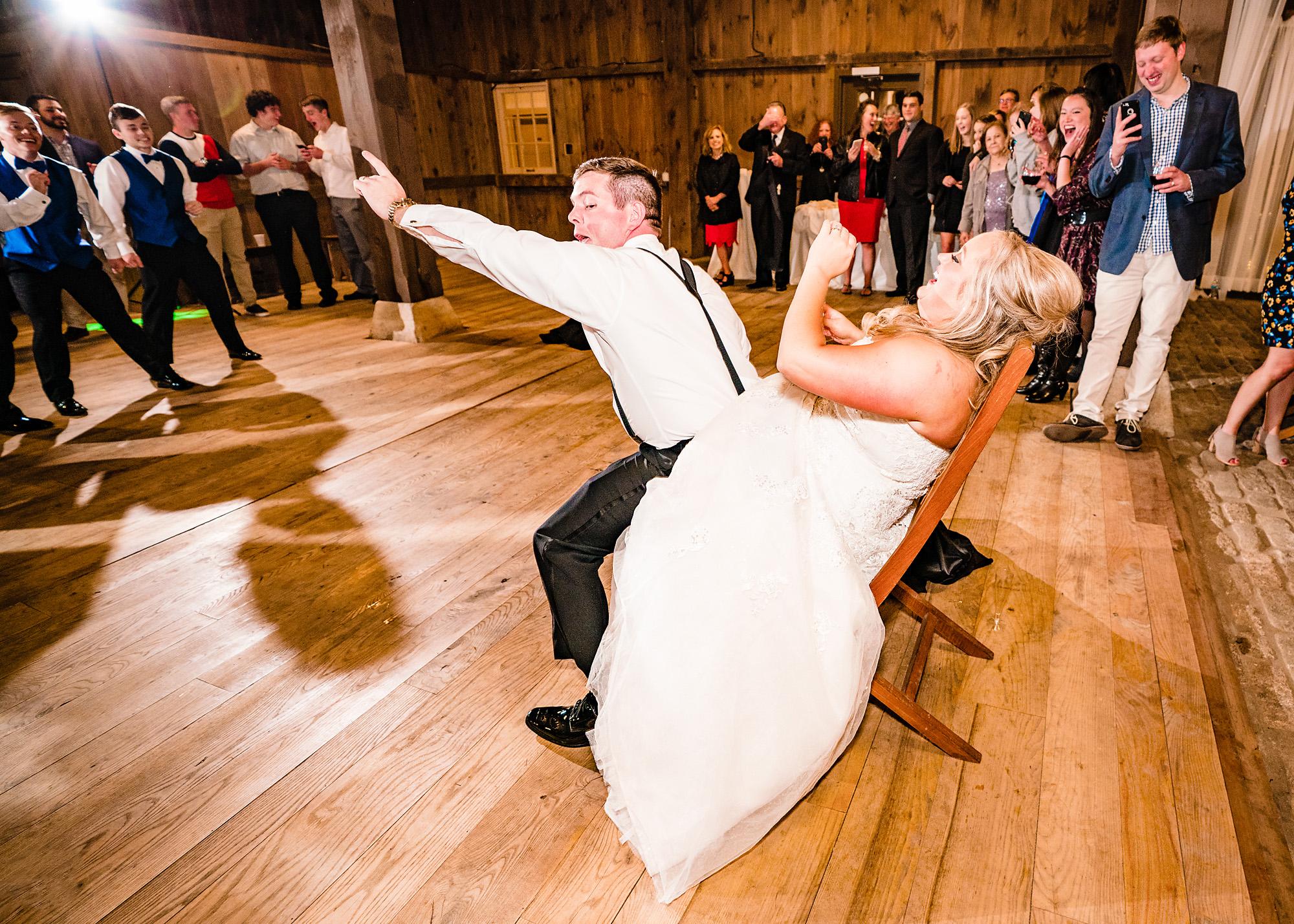 Carriage-Hill-Liberty-Twp-OH-Wedding-Photographer-17.jpg