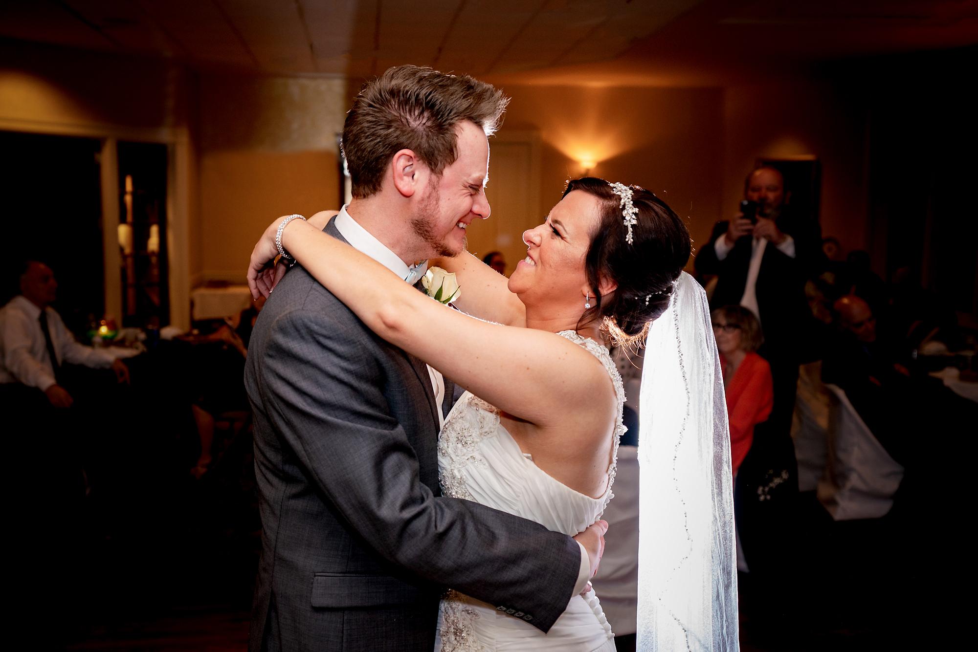 Trinity-Episcopal-Church-Covington-KY-Wedding-Photographer-10.jpg