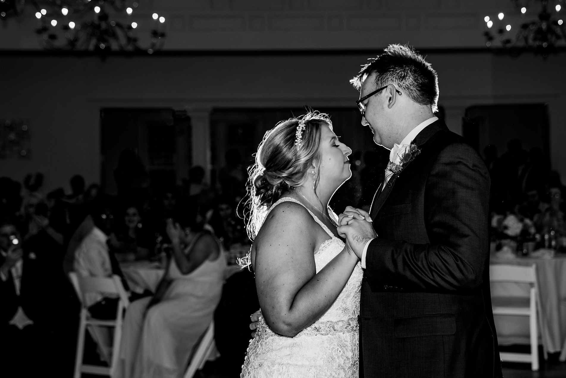 Glendale-Lyceum-Wedding-Cincinnati-Photographer-6.jpg