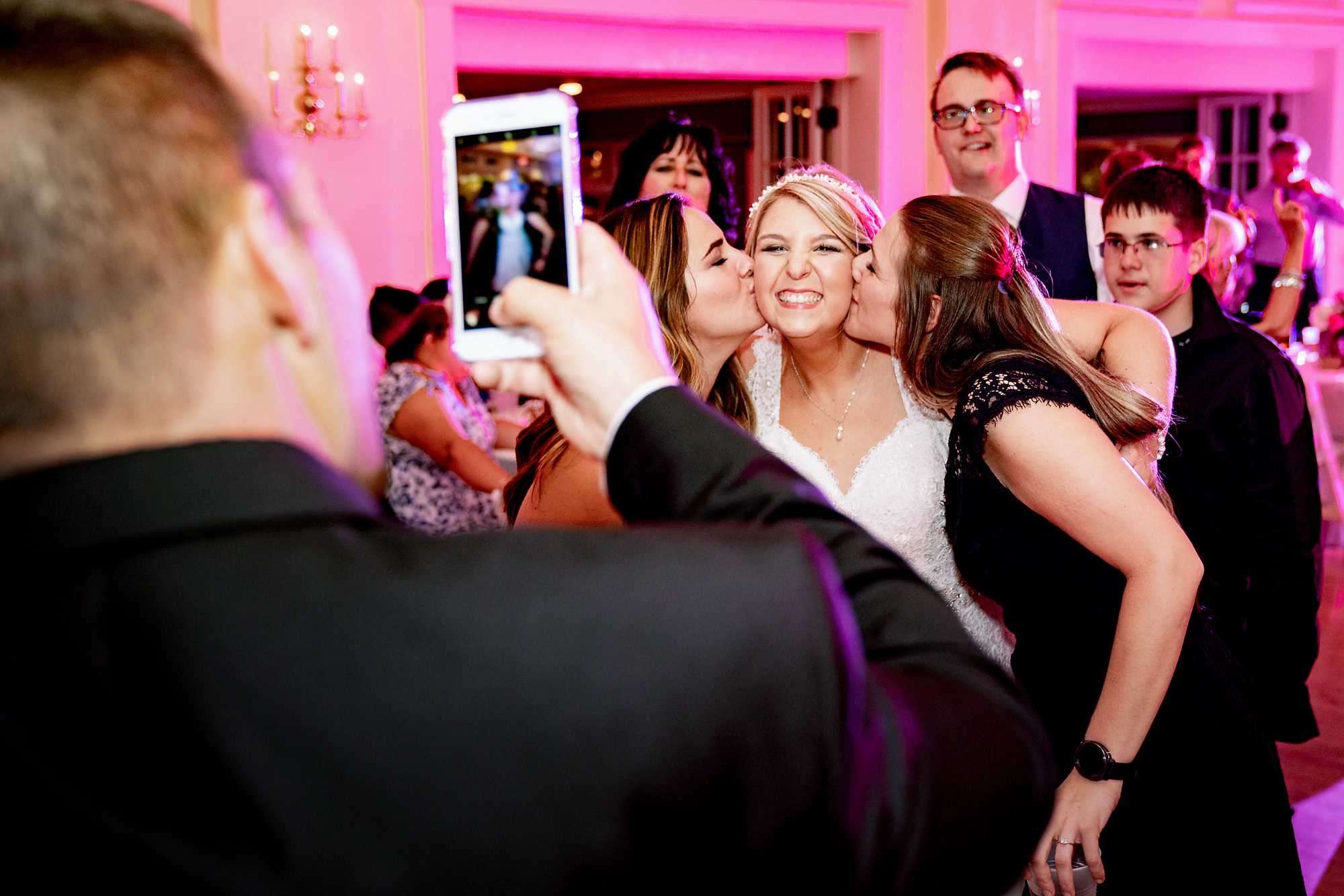 Glendale-Lyceum-Wedding-Cincinnati-Photographer-8.jpg