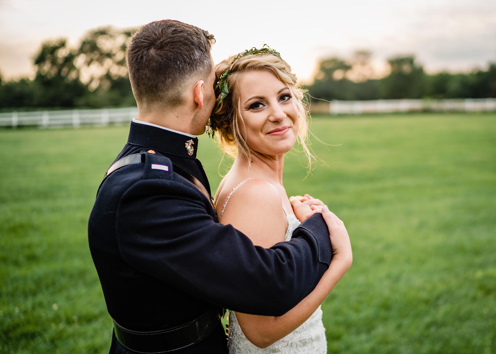 Cincinnati-Wedding-Photographers-Hughes-Center-Barn-100.jpg