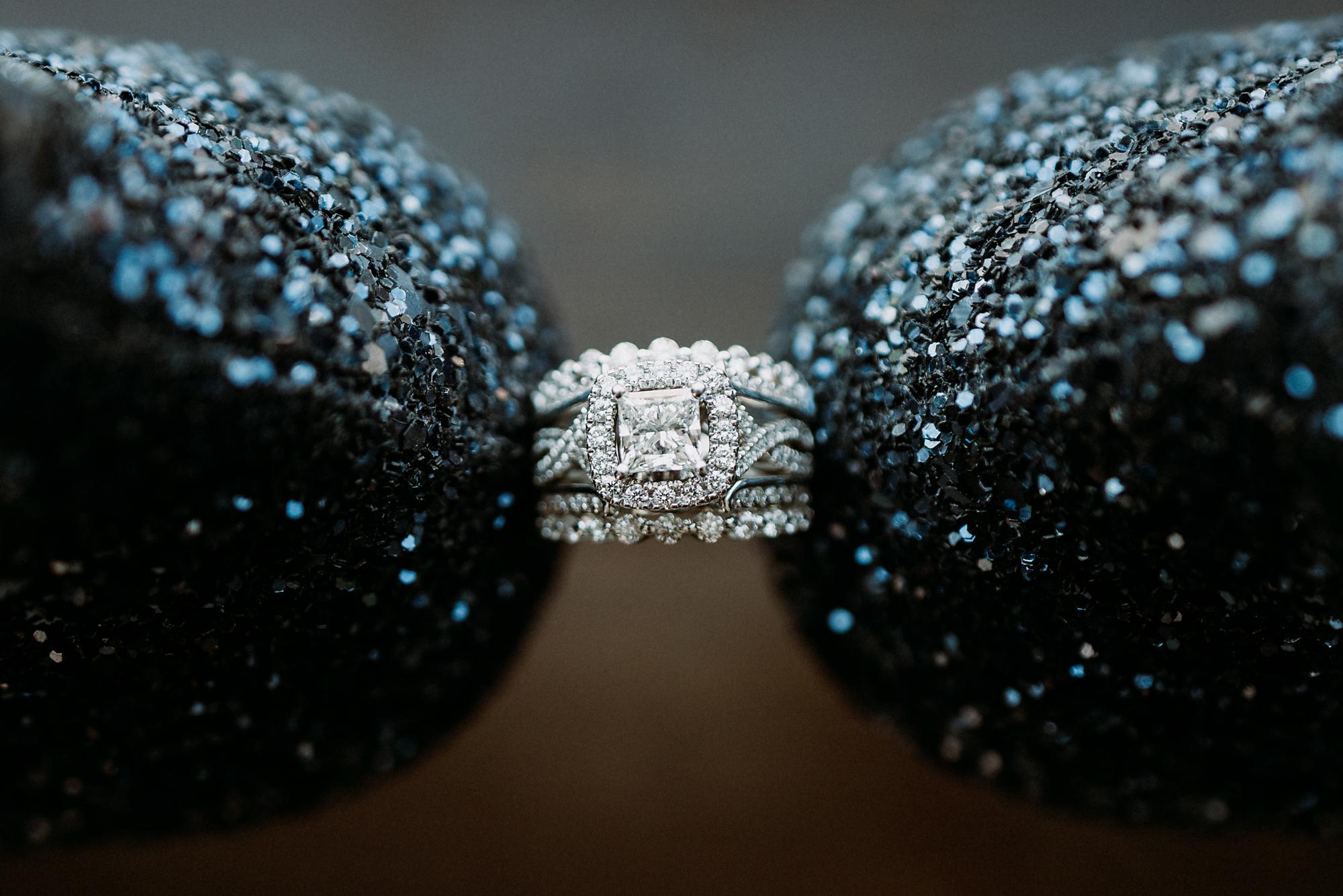 Receptions-Fairfield-Wedding-Photographer-Cincinnati-12.jpg