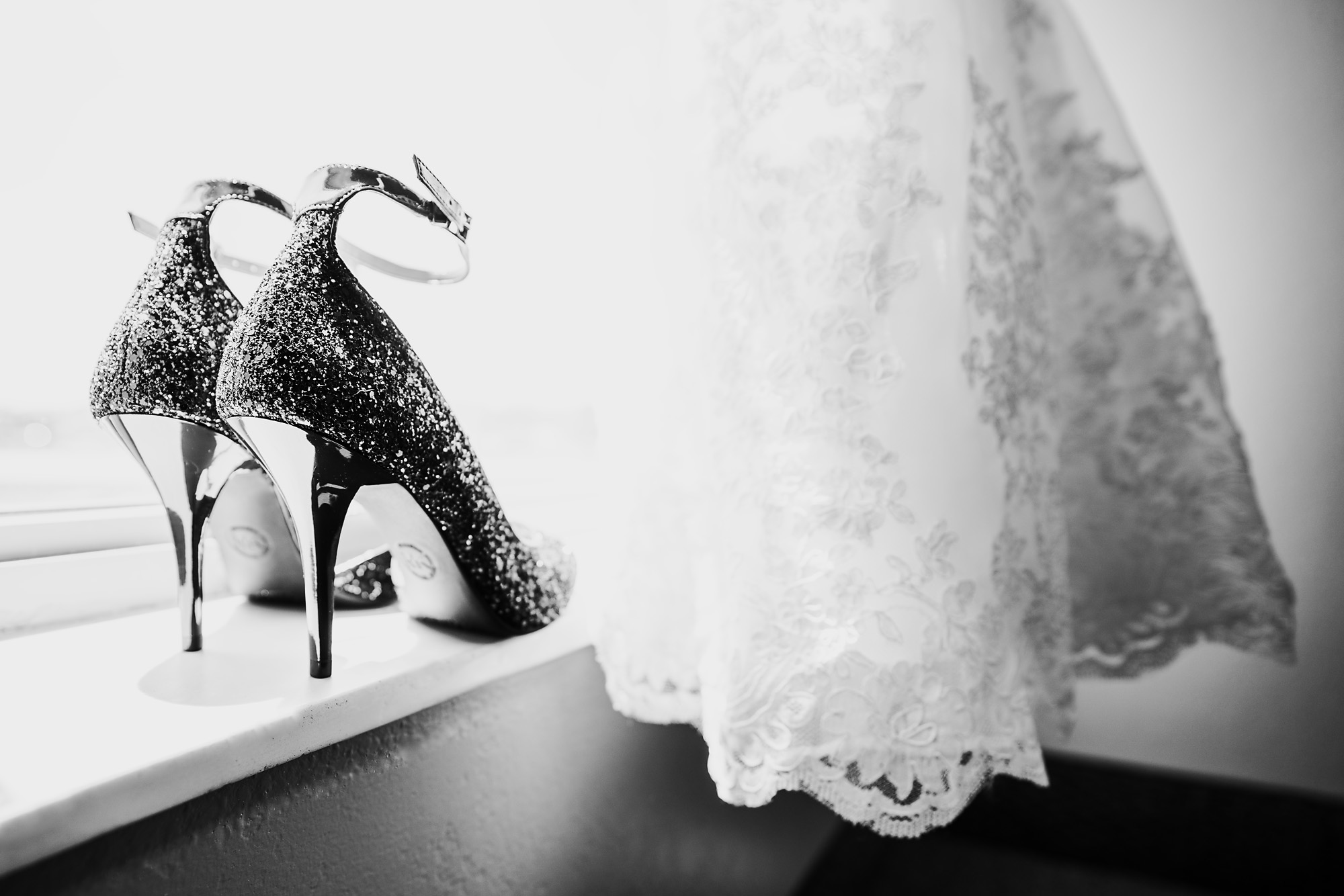 Receptions-Fairfield-Wedding-Photographer-Cincinnati-31.jpg