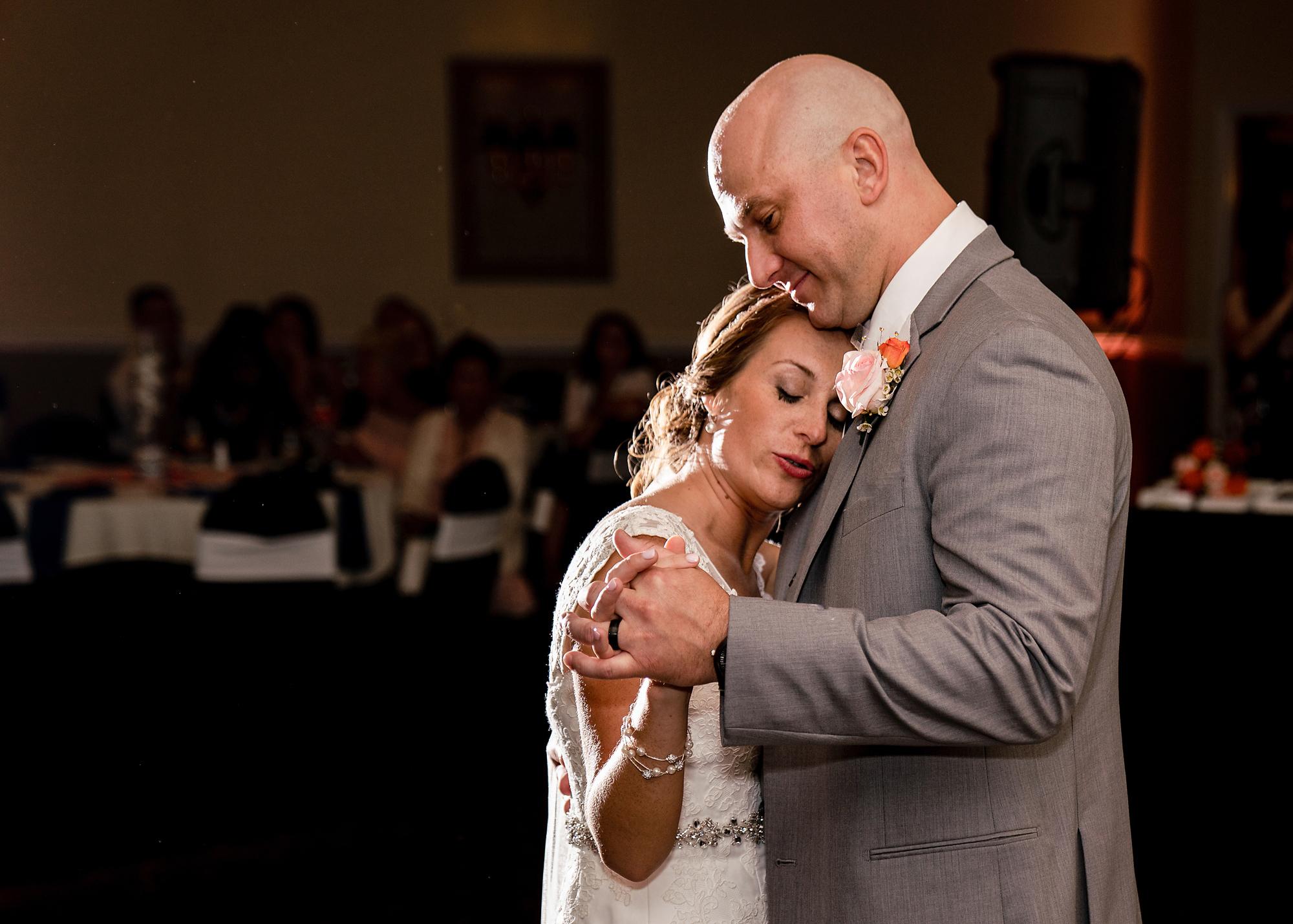 Receptions-Fairfield-Wedding-Photographer-Cincinnati-46.jpg