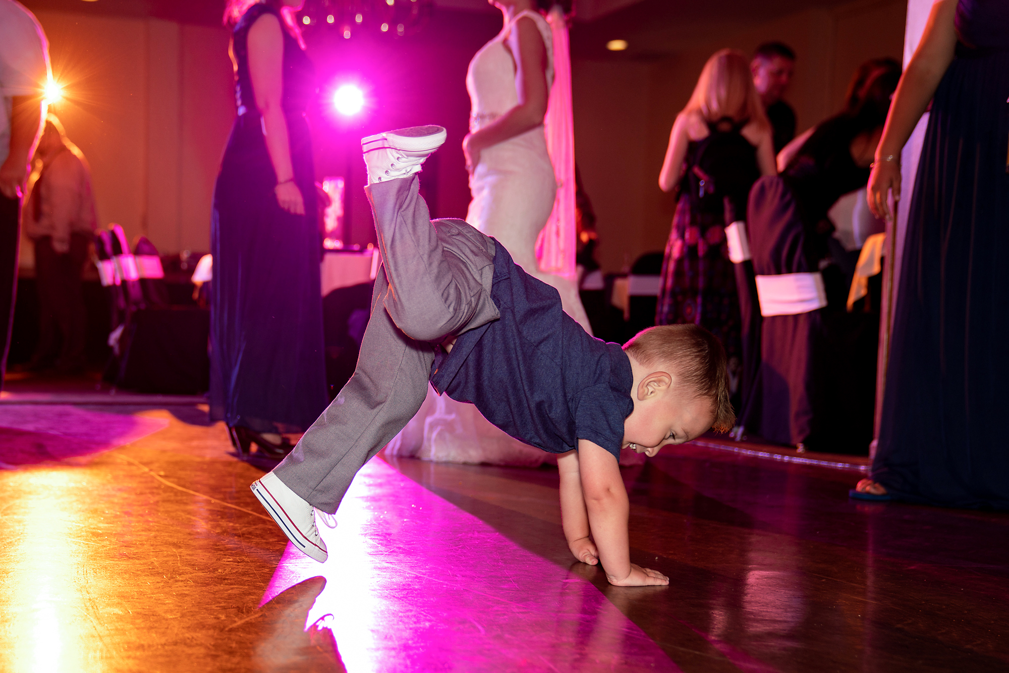 Receptions-Fairfield-Wedding-Photographer-Cincinnati-30.jpg