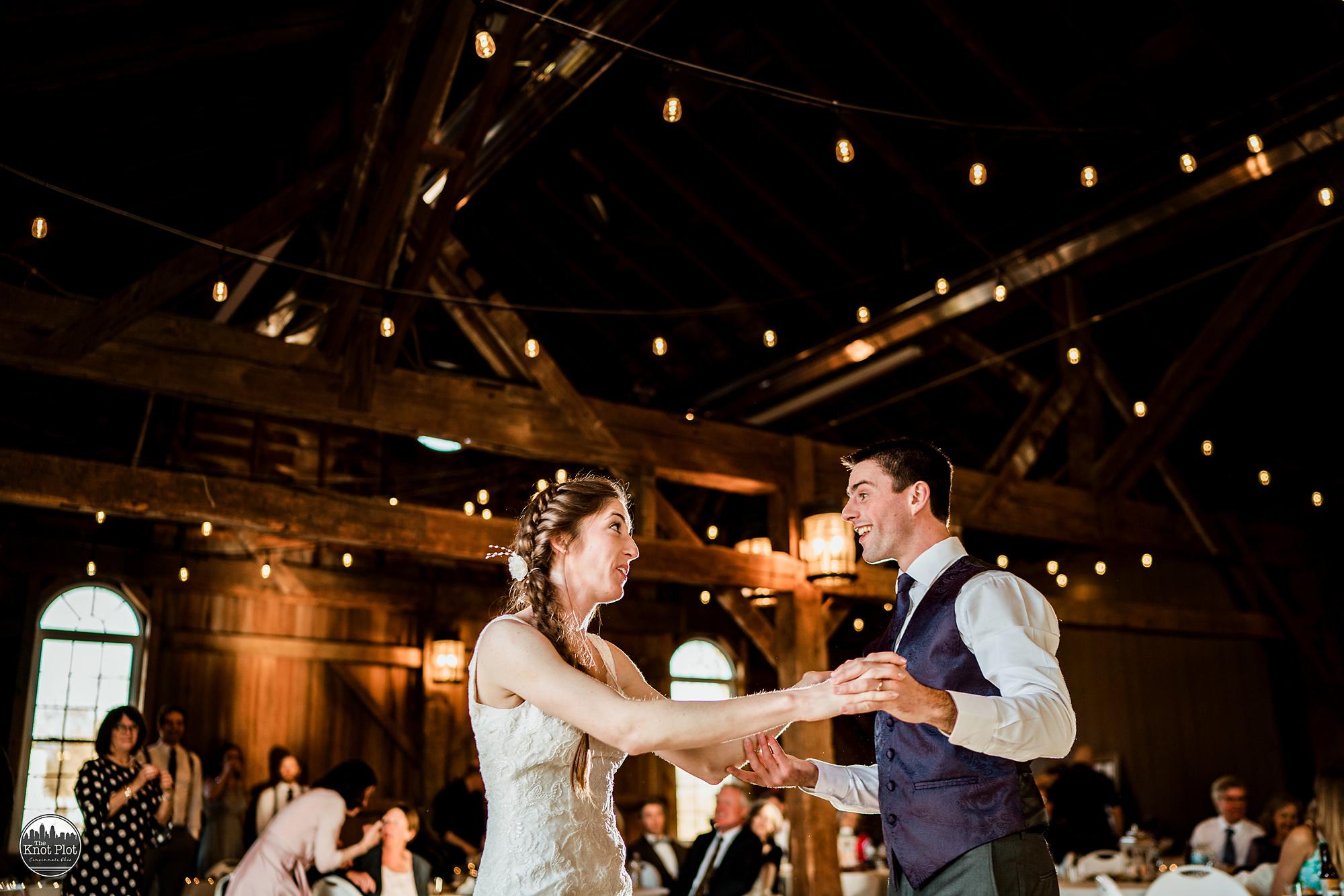 Polen-Farm-Cincinnati-Wedding-Photographers-3.jpg