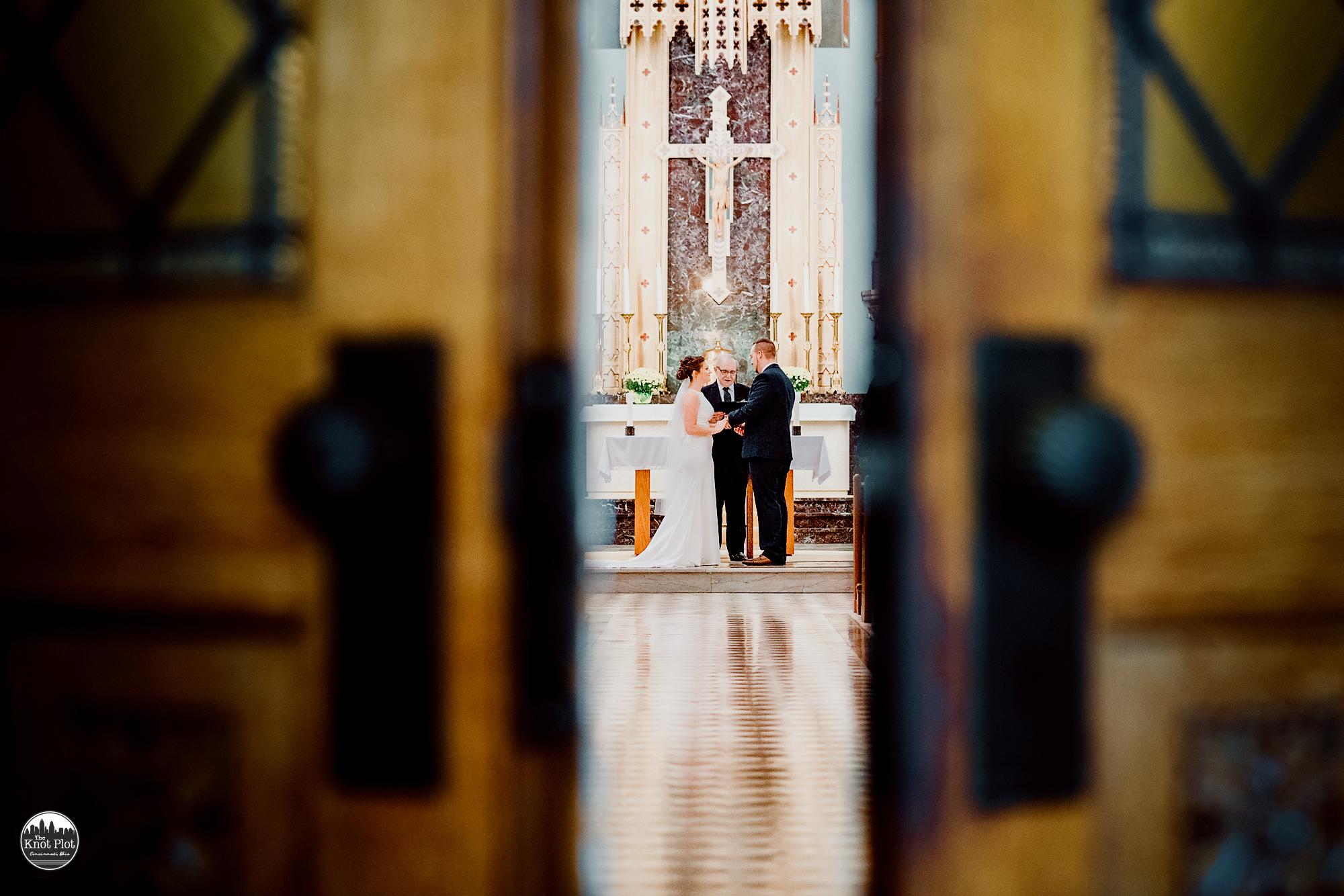 St-Clare-Chapel-Cincinnati-Weddding-Photography-15.jpg