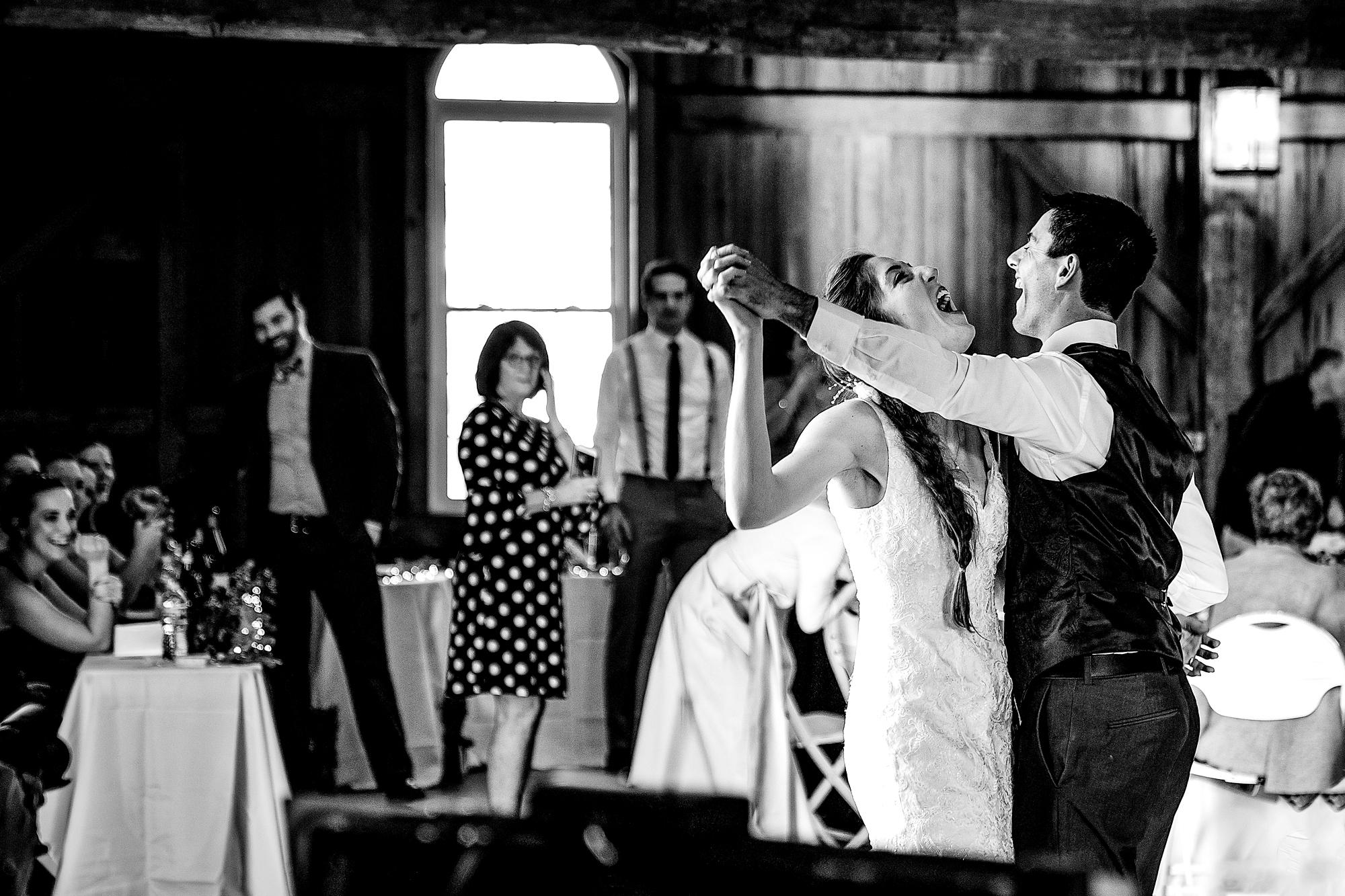 Polen-Farm-Cincinnati-Wedding-Photographers-2.jpg