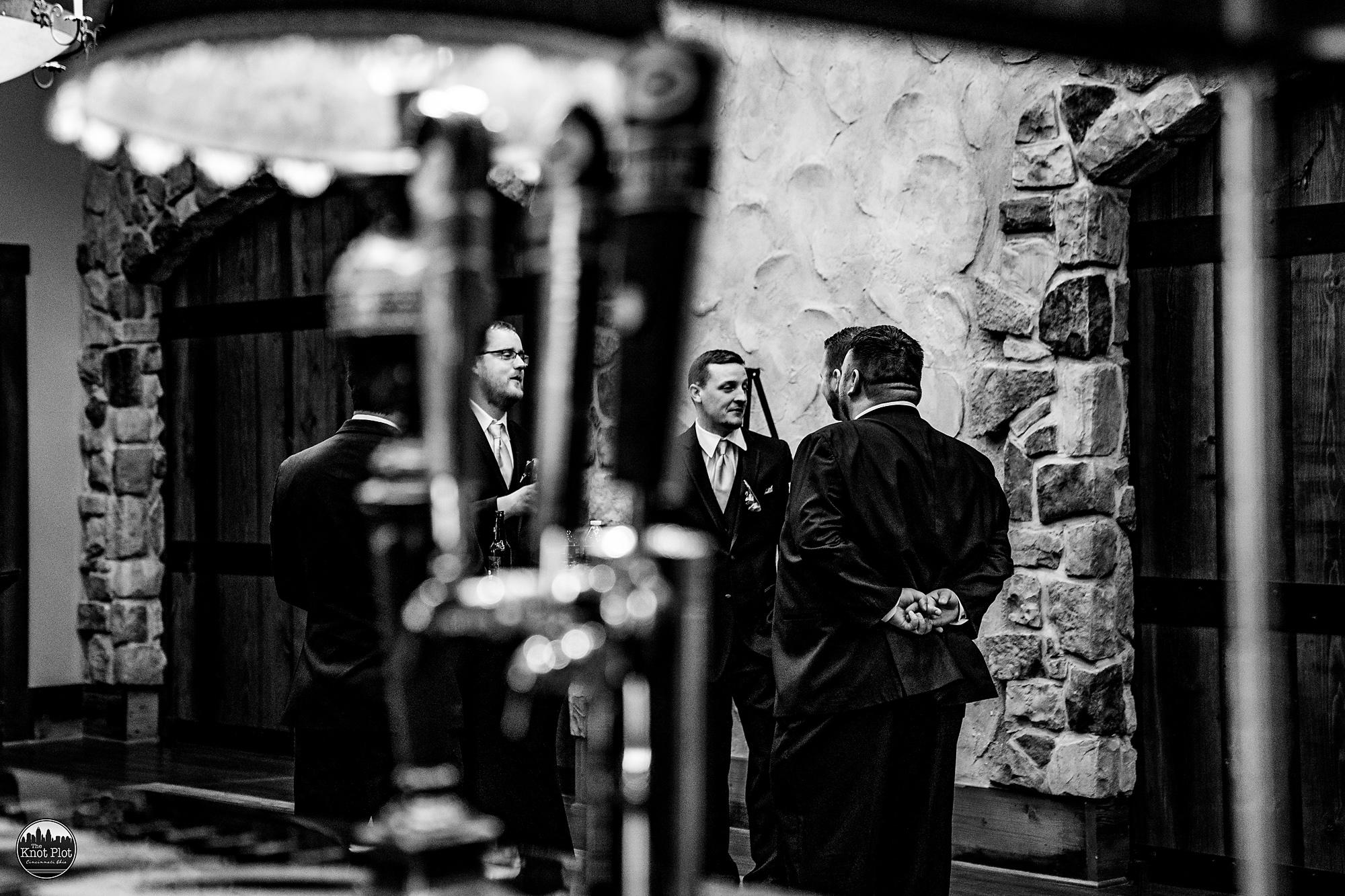Oscar-Event-Center-Jungle-Jims-Cincinnati-Wedding-Photography-10.jpg