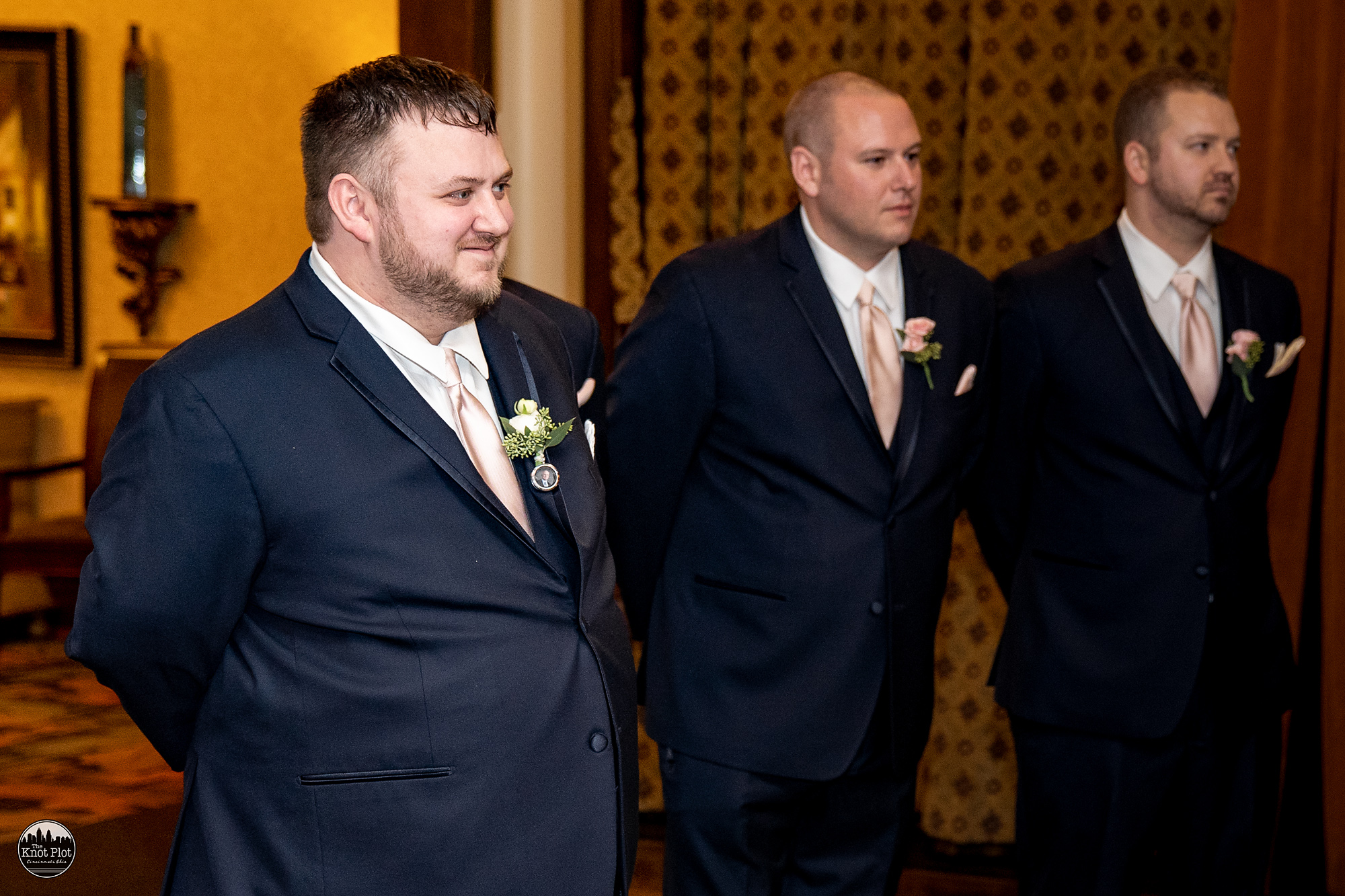 Oscar-Event-Center-Jungle-Jims-Cincinnati-Wedding-Photography-12.jpg