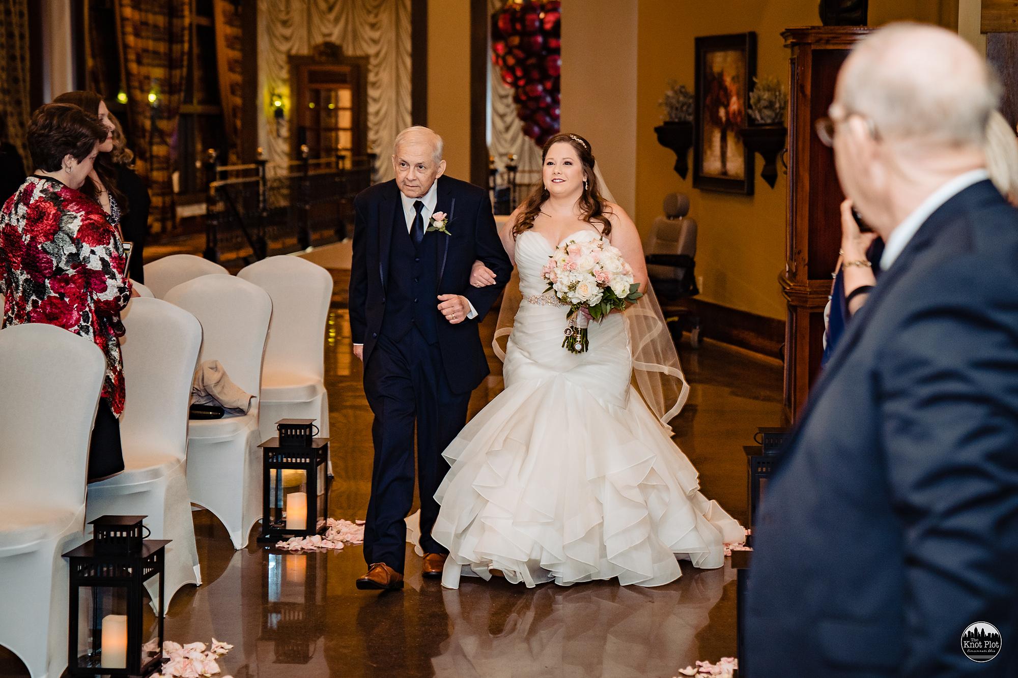Oscar-Event-Center-Jungle-Jims-Cincinnati-Wedding-Photography-13.jpg