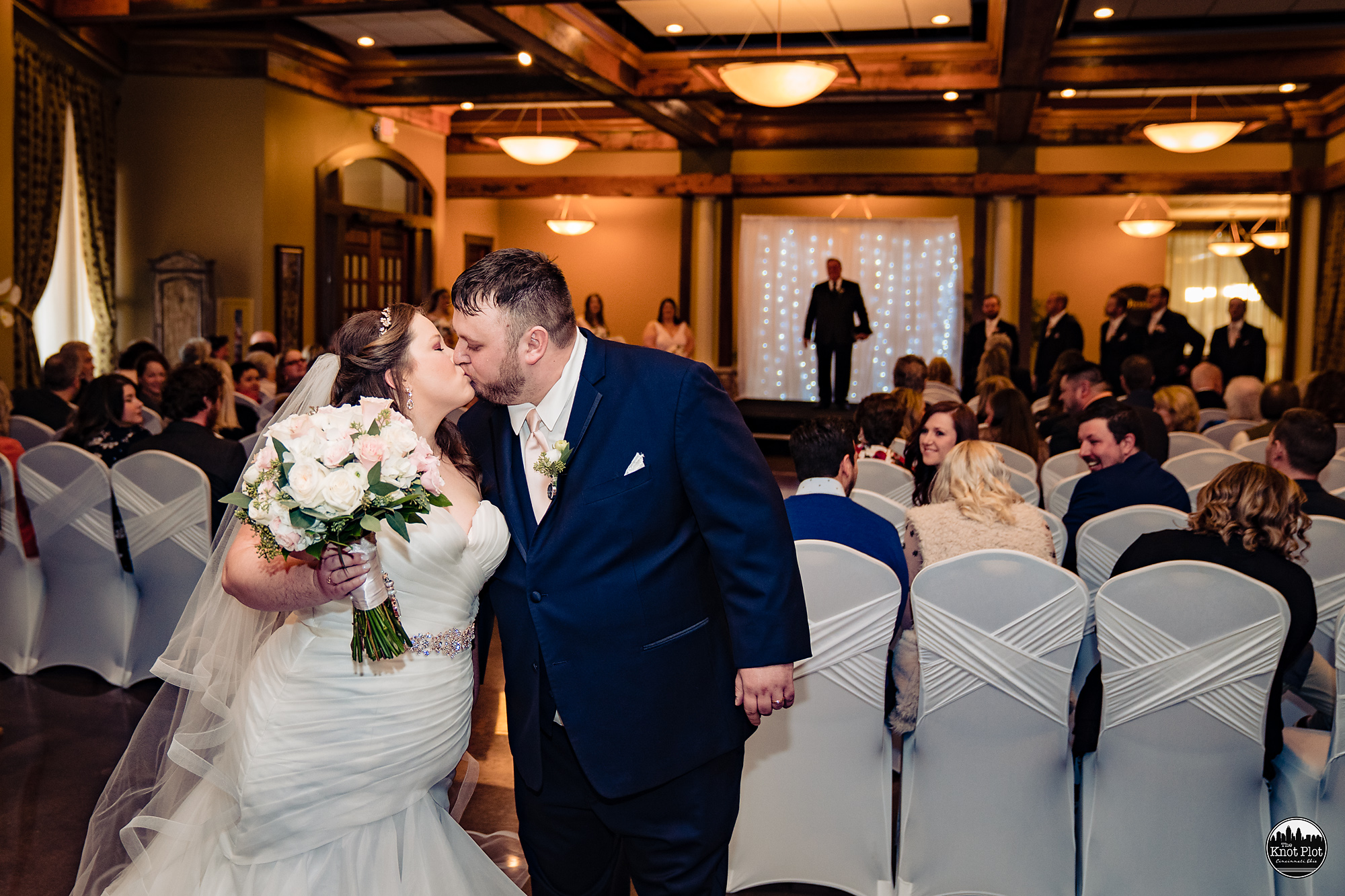 Oscar-Event-Center-Jungle-Jims-Cincinnati-Wedding-Photography-16.jpg