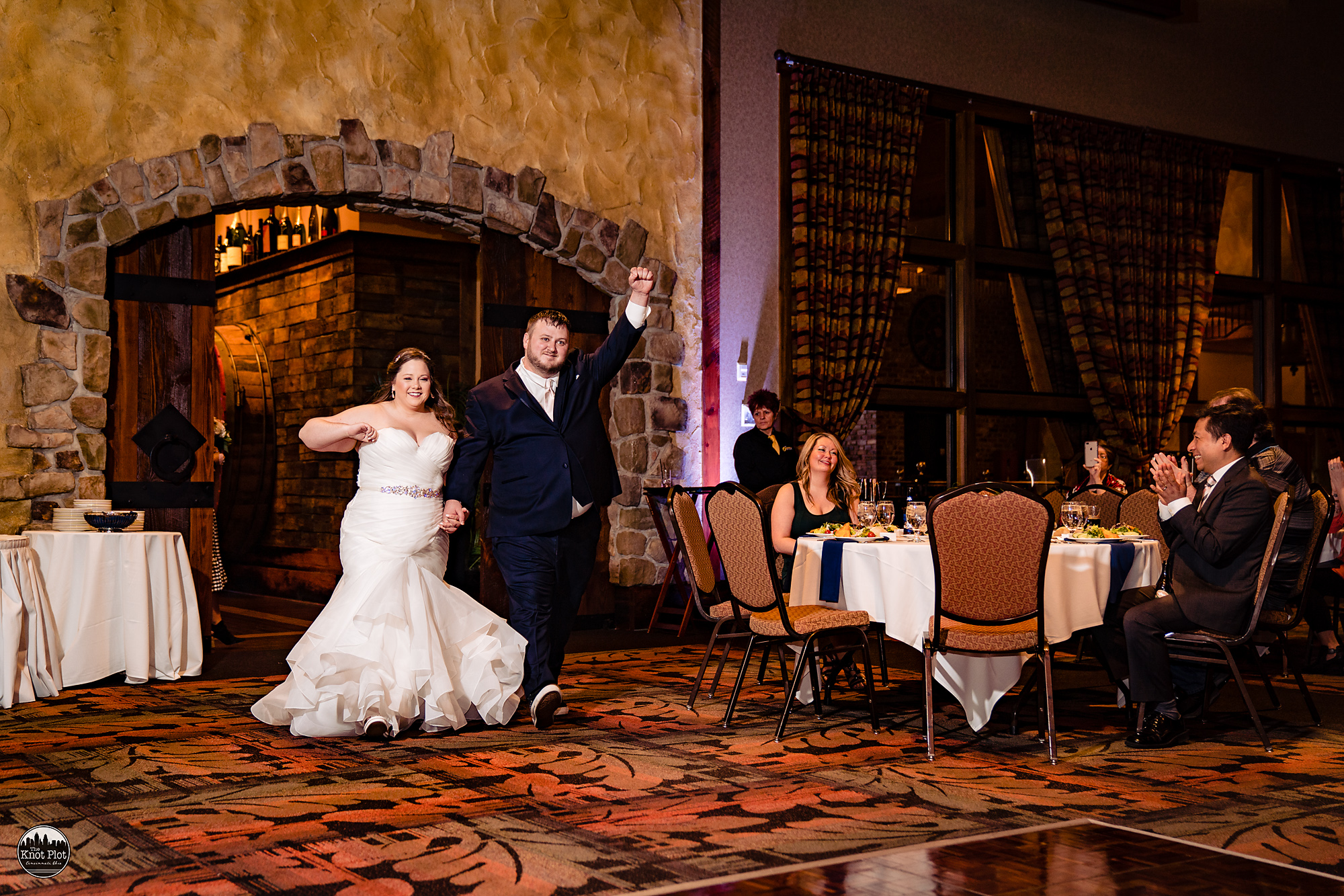 Oscar-Event-Center-Jungle-Jims-Cincinnati-Wedding-Photography-18.jpg