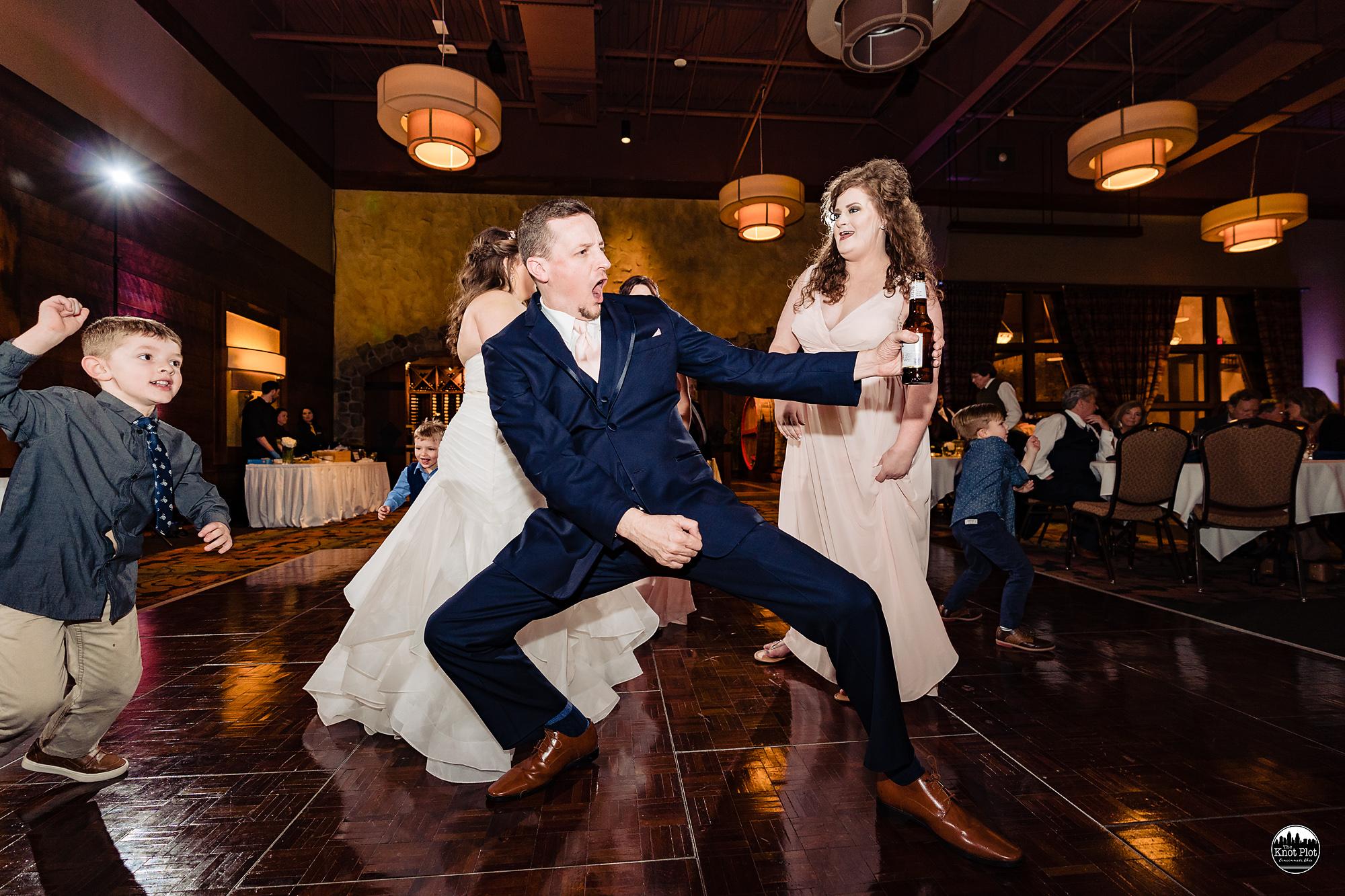 Oscar-Event-Center-Jungle-Jims-Cincinnati-Wedding-Photography-28.jpg