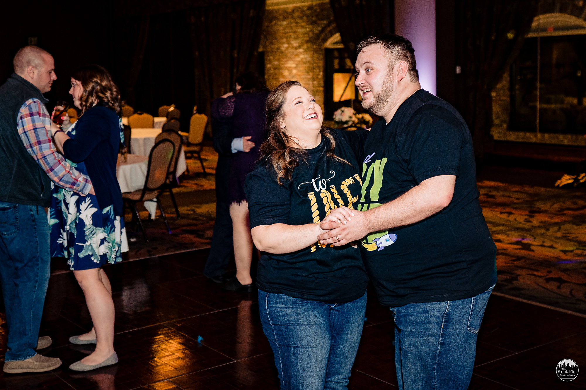 Oscar-Event-Center-Jungle-Jims-Cincinnati-Wedding-Photography-34.jpg