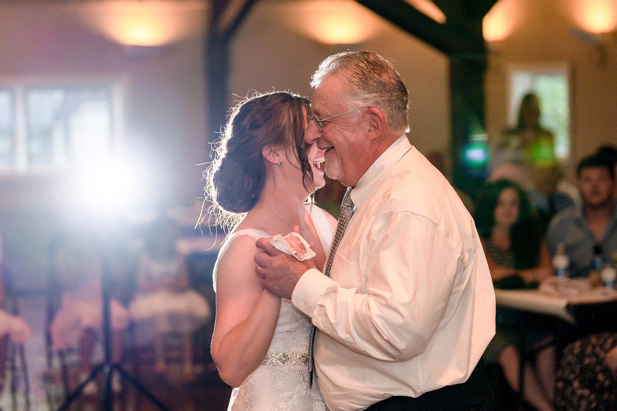 Pattison-Park-Lodge-Wedding-Cincinnati-Ohio-Photographer-7.jpg