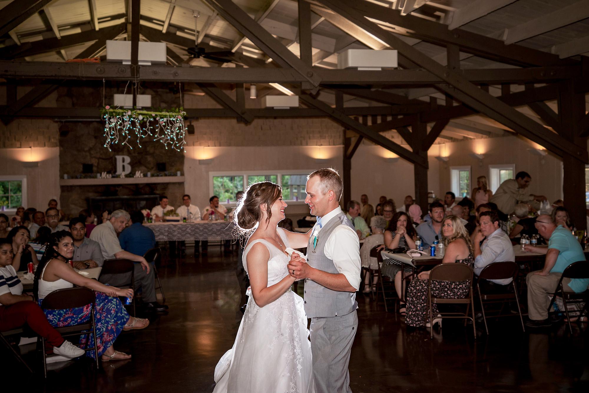 Pattison-Park-Lodge-Wedding-Cincinnati-Ohio-Photographer-26.jpg