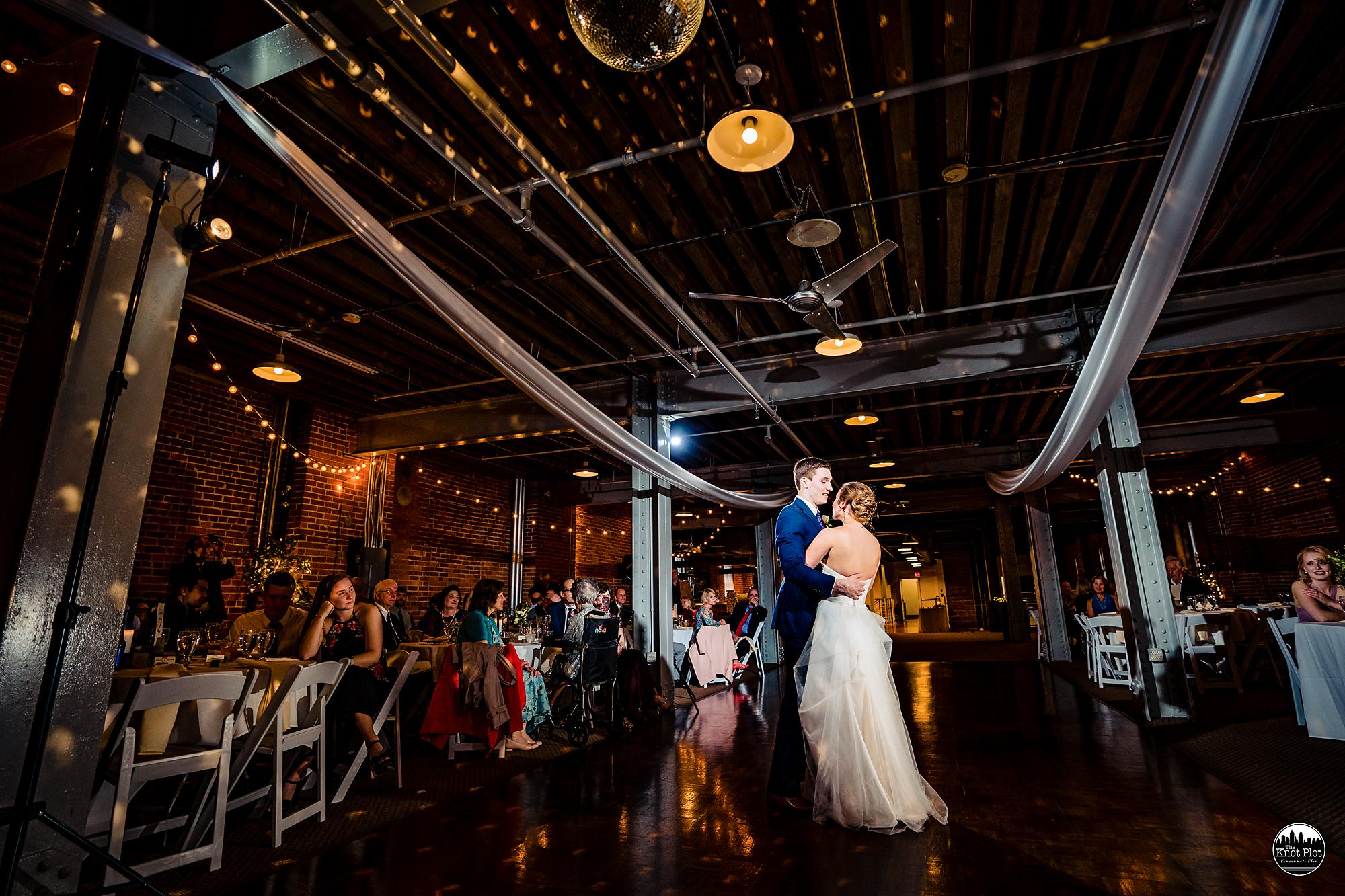 Longworth-Hall-Cincinnati-Wedding-Photography-18.jpg