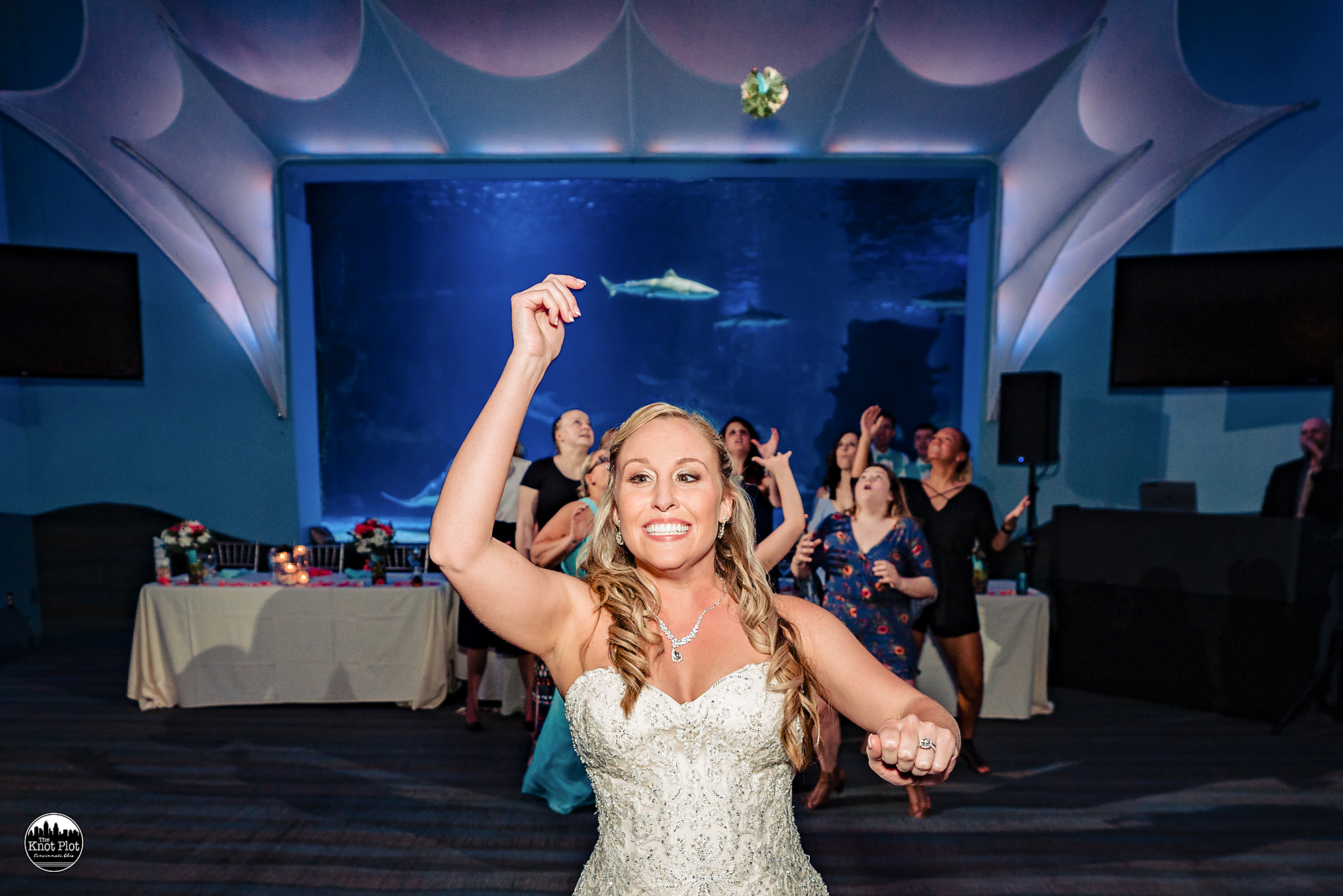 Newport-Aquarium-Wedding-Photos-24.jpg