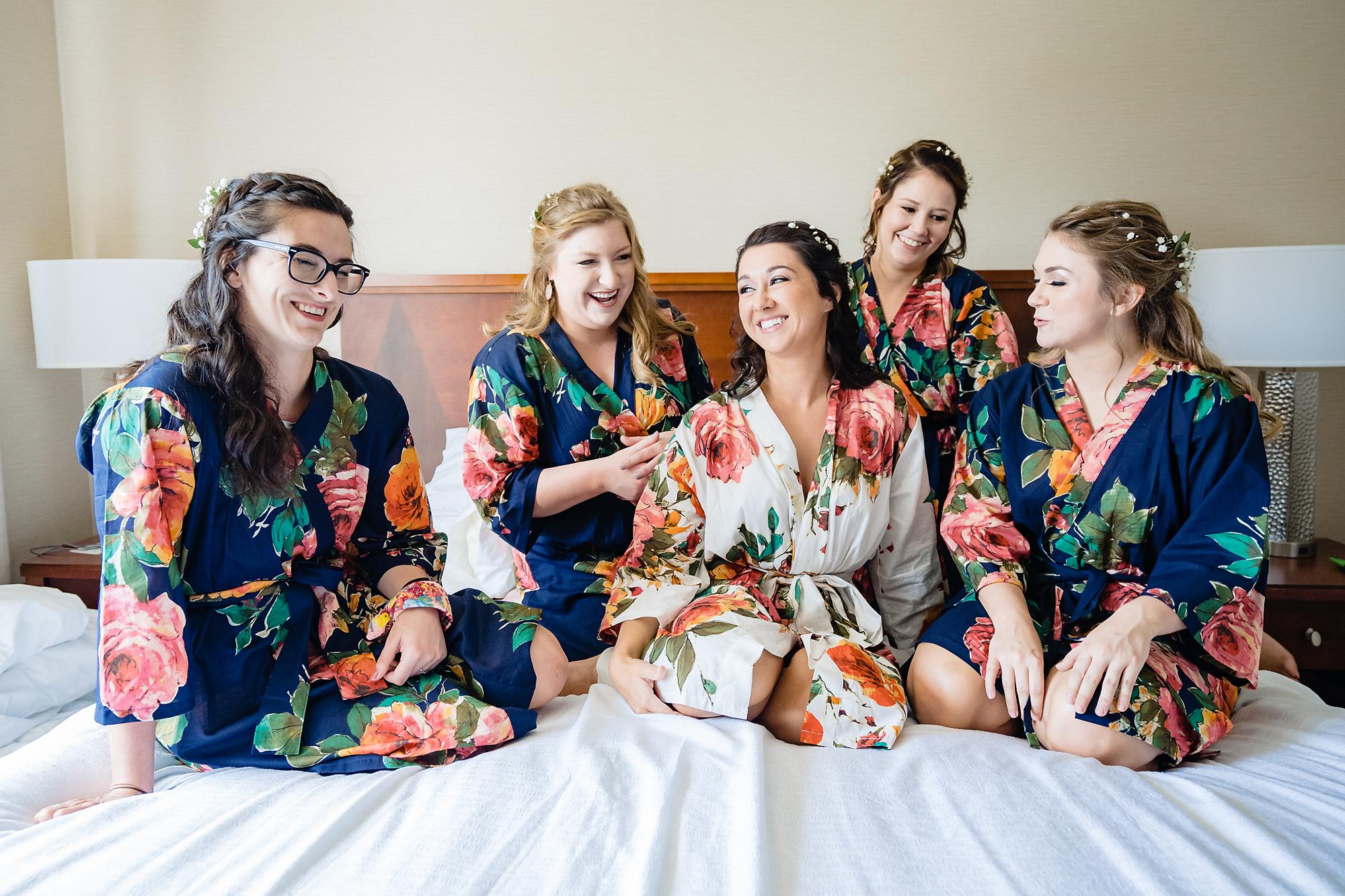 Embassy-Suites-Rivercenter-Wedding-Photography-1.jpg