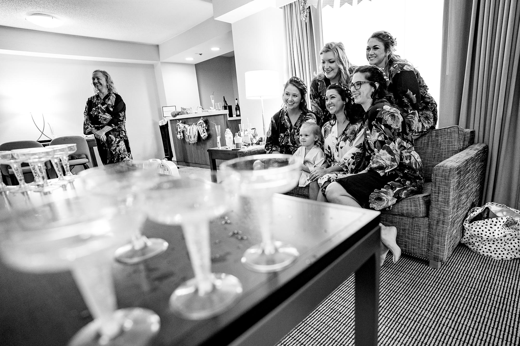 Embassy-Suites-Rivercenter-Wedding-Photography-2.jpg