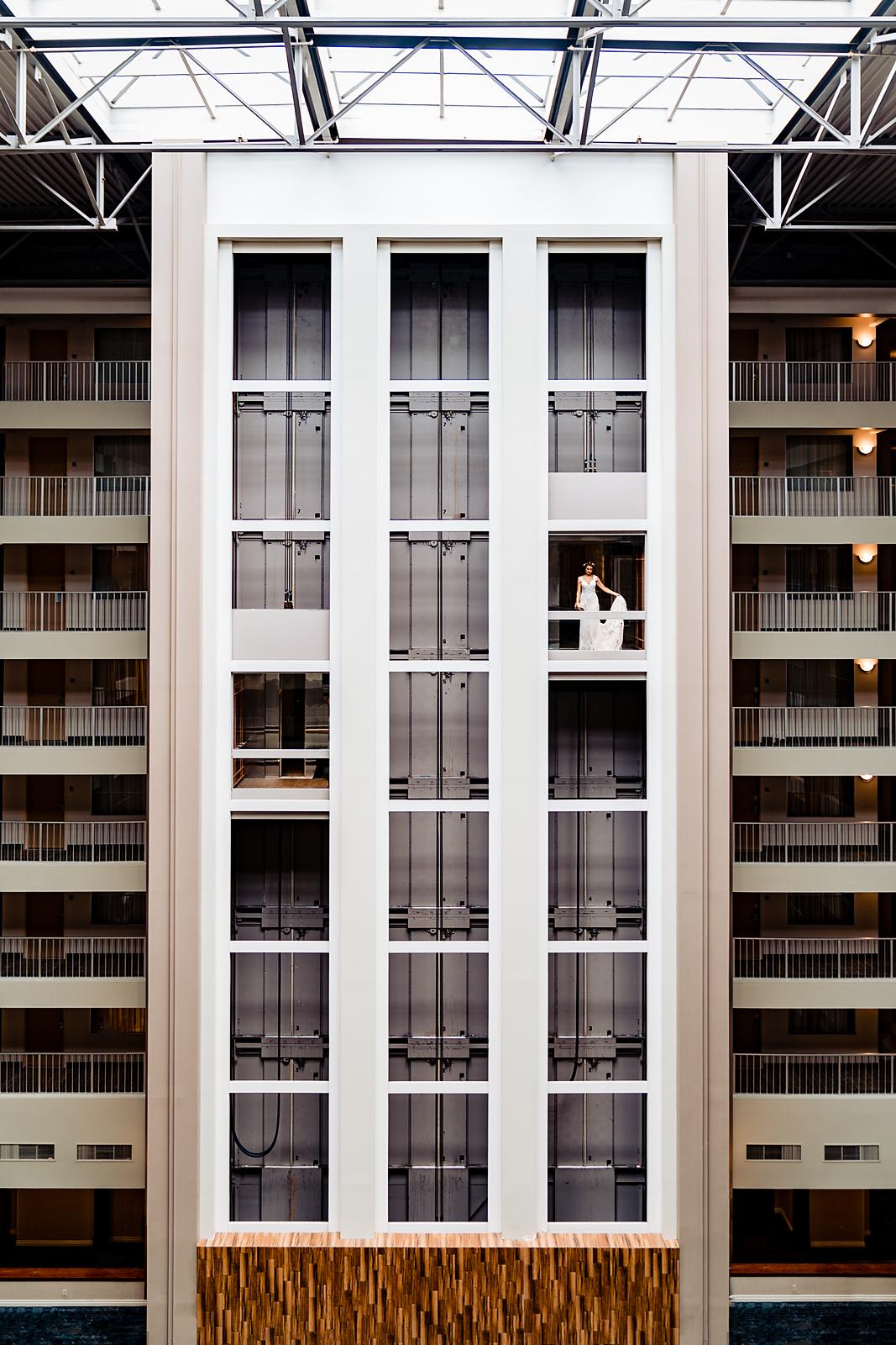 Embassy-Suites-Rivercenter-Wedding-Photography-7.jpg