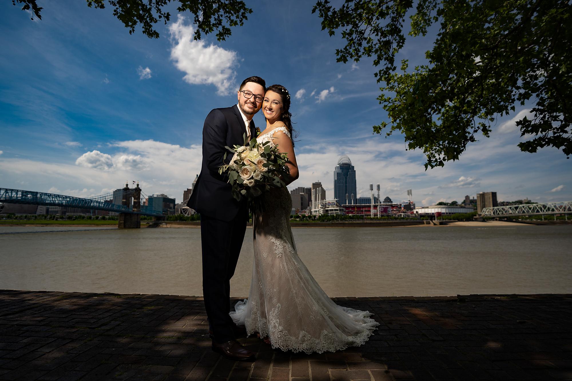 Embassy-Suites-Rivercenter-Wedding-Photography-12.jpg