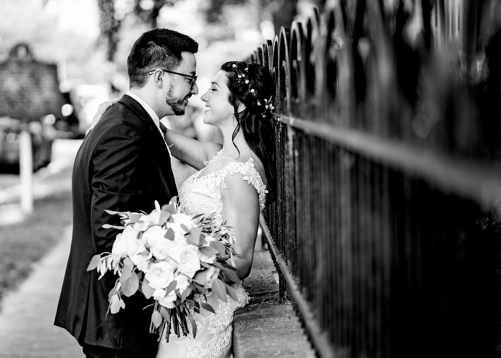Embassy-Suites-Rivercenter-Wedding-Photography-13.jpg