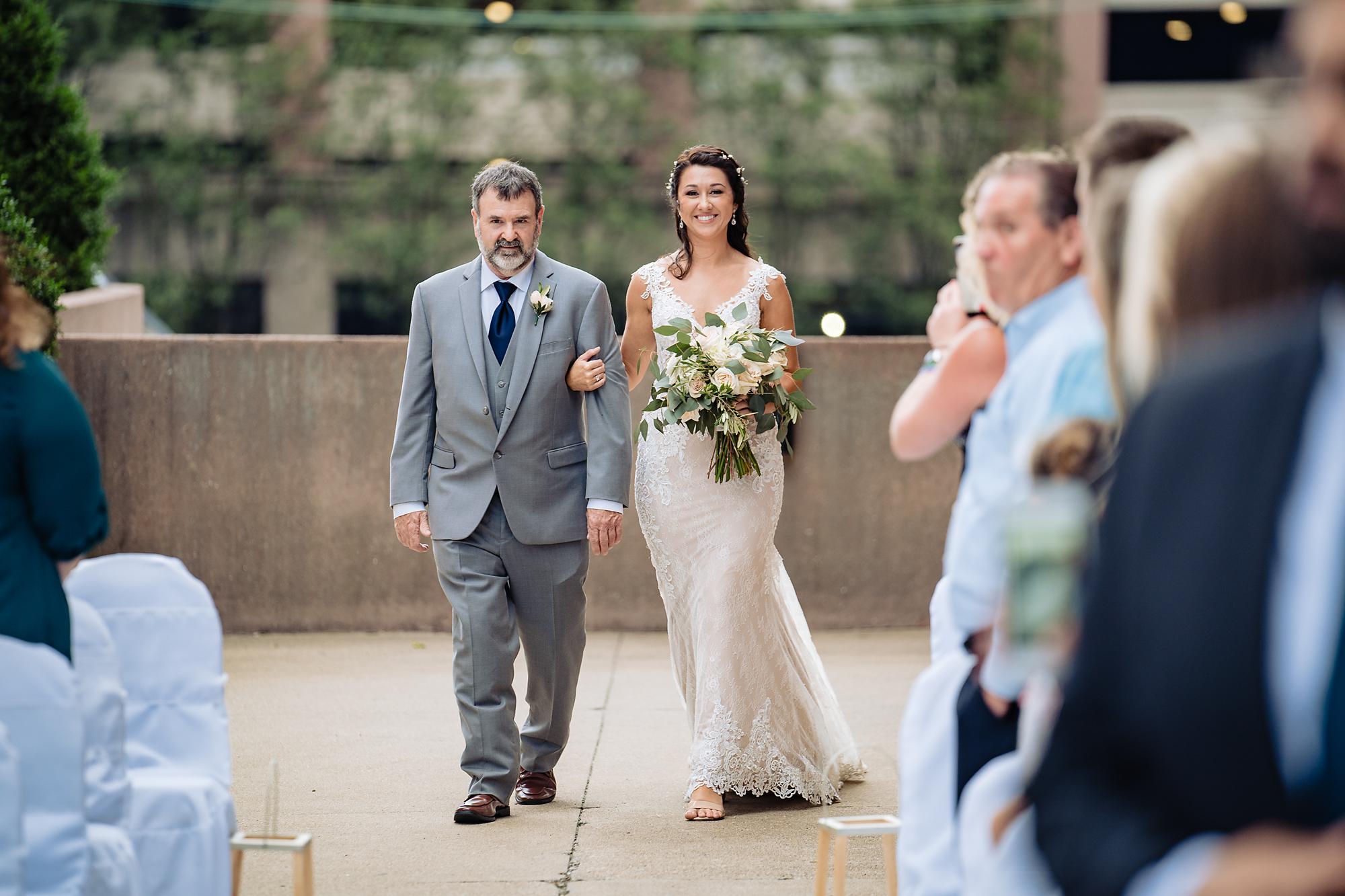 Embassy-Suites-Rivercenter-Wedding-Photography-19.jpg