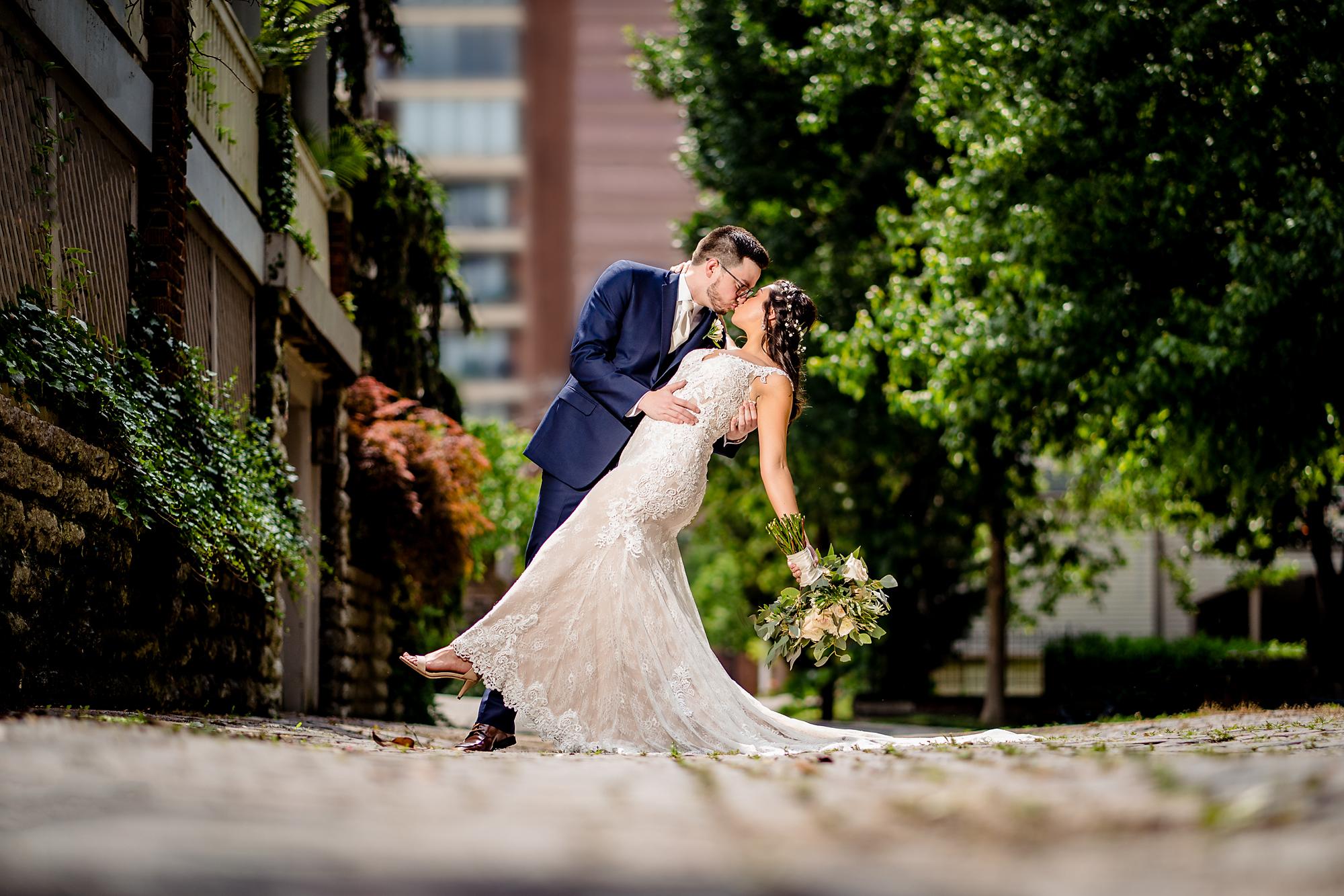 Embassy-Suites-Rivercenter-Wedding-Photography.jpg
