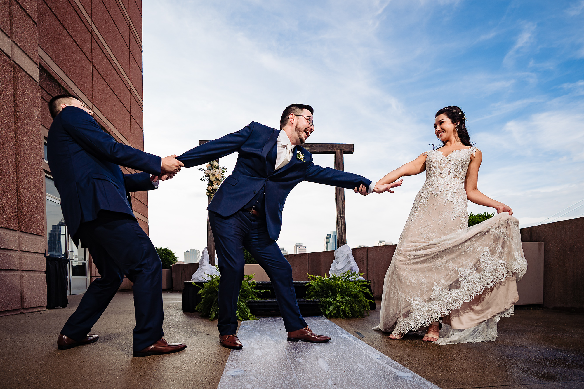 Embassy-Suites-Rivercenter-Wedding-Photography-26.jpg