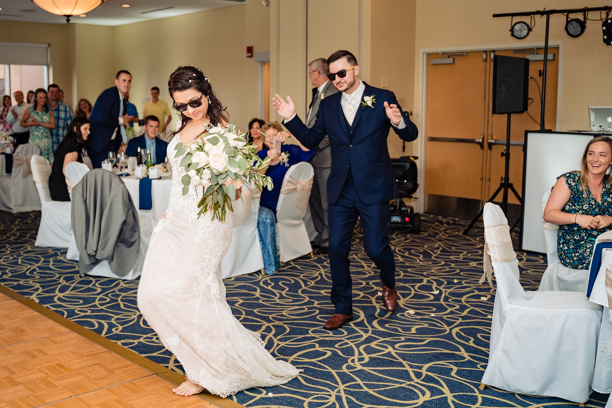 Embassy-Suites-Rivercenter-Wedding-Photography-28.jpg